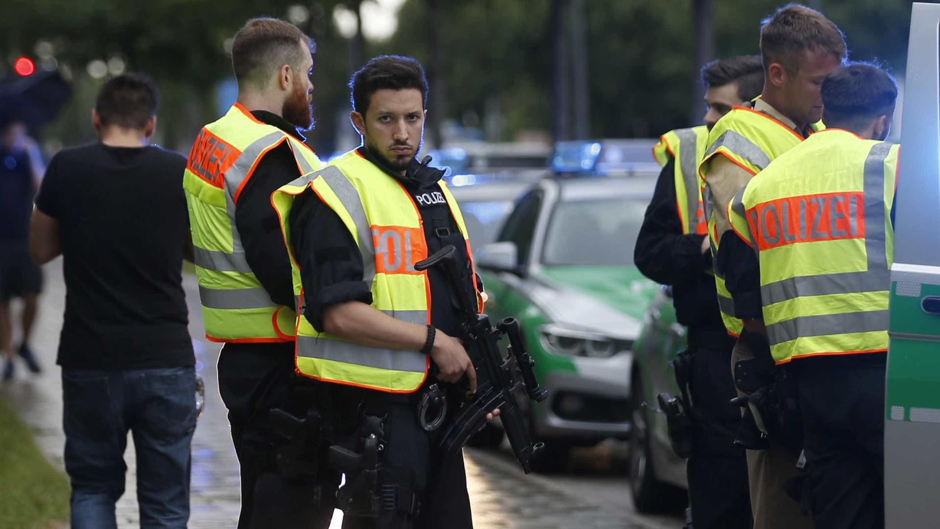 Fornecedor de arma usada em atentado condenado a sete anos de prisão