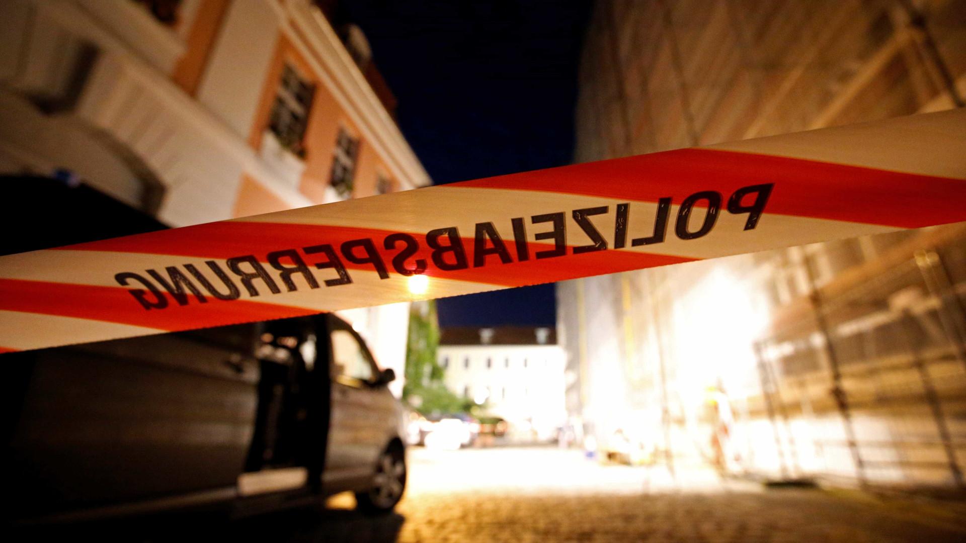 Raide policial: Quatro polícias alvejados na Alemanha
