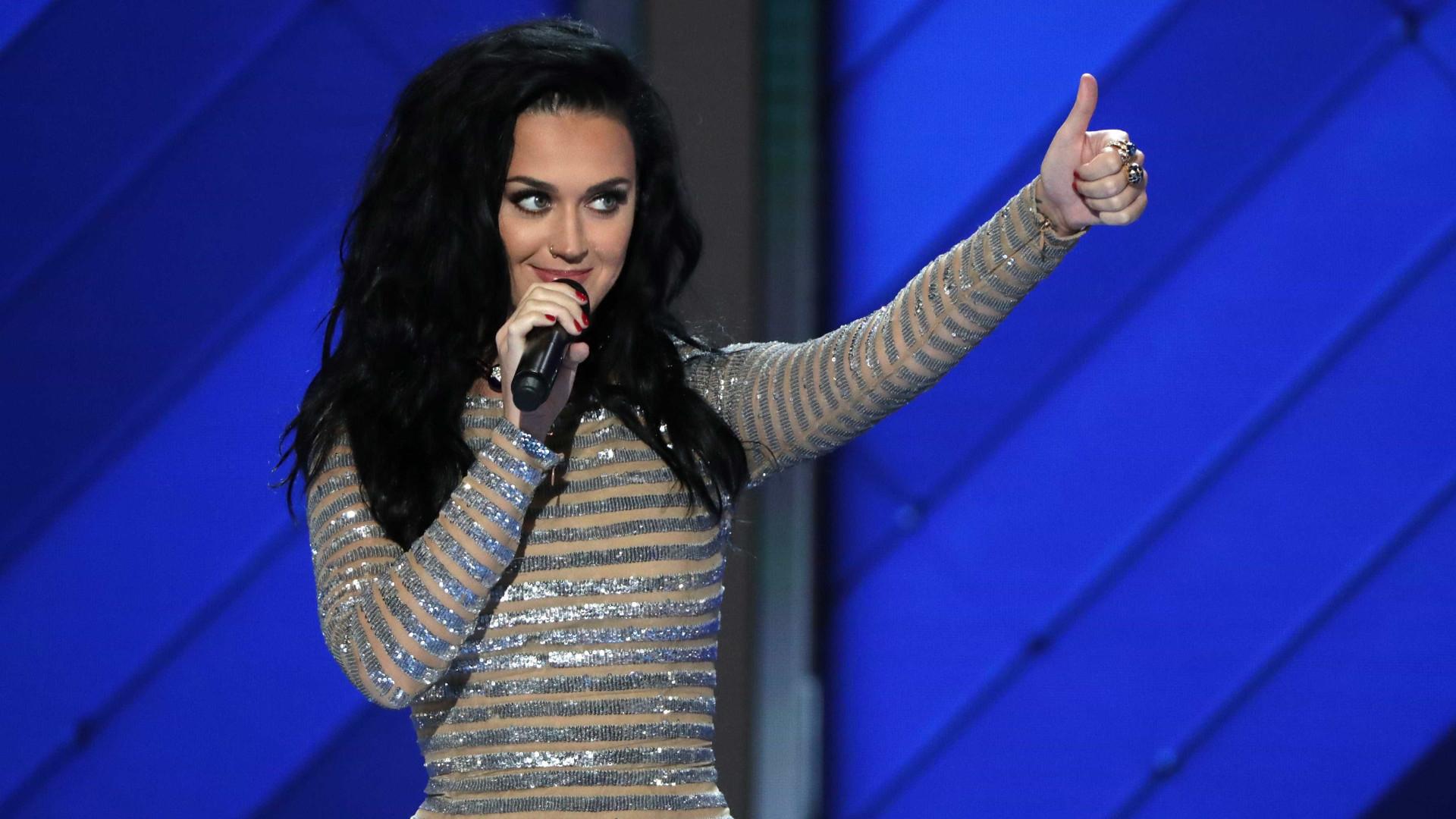 Katy Perry revela qual dos ex-namorados tem a melhor performance sexual
