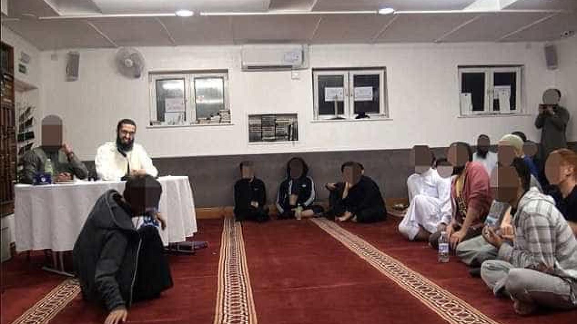 """""""Podem ter escravas sexuais ao abrigo do Islão"""", diz clérigo muçulmano"""