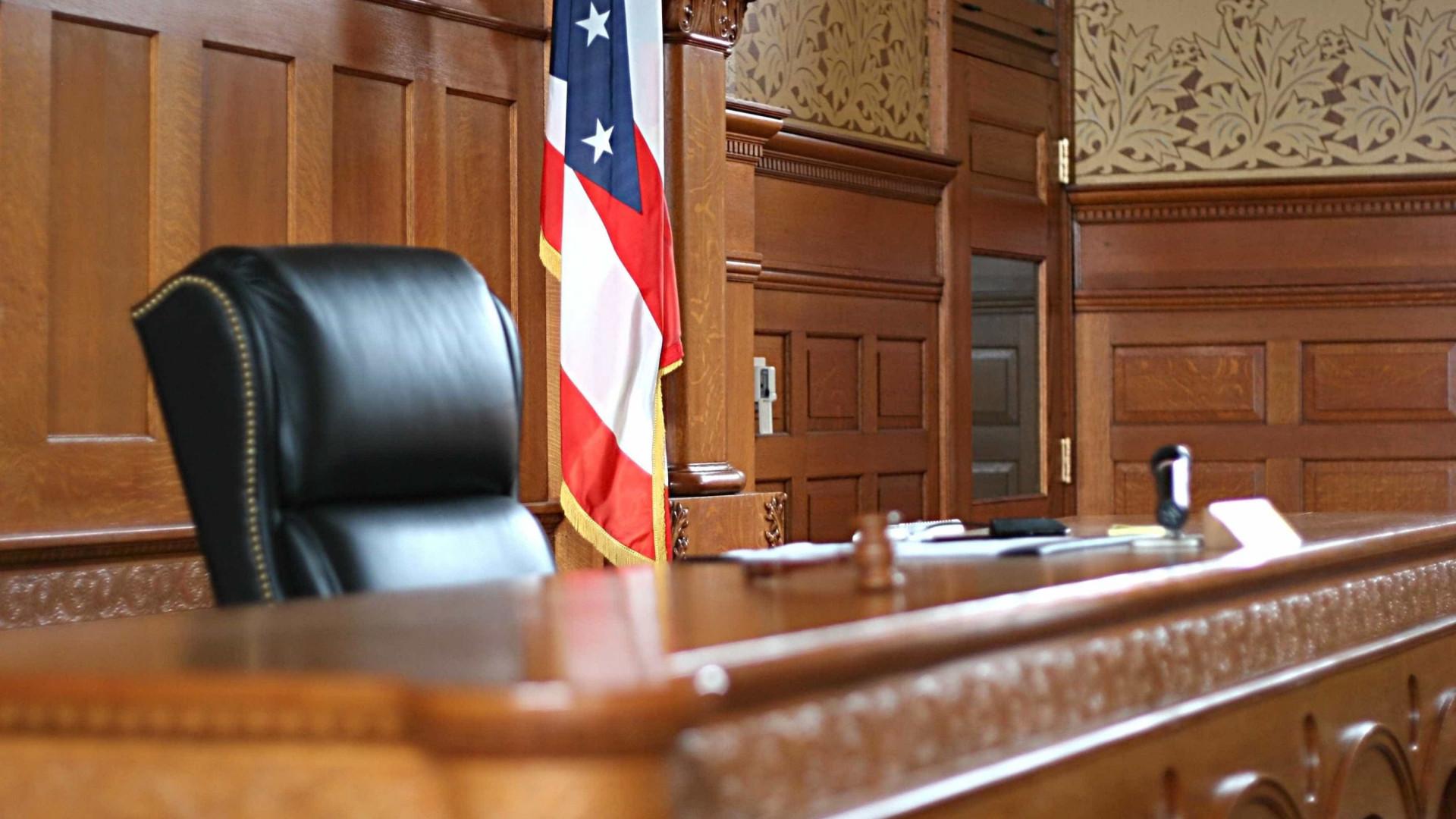 Casos de imigração representam 52% dos processos judiciais nos EUA