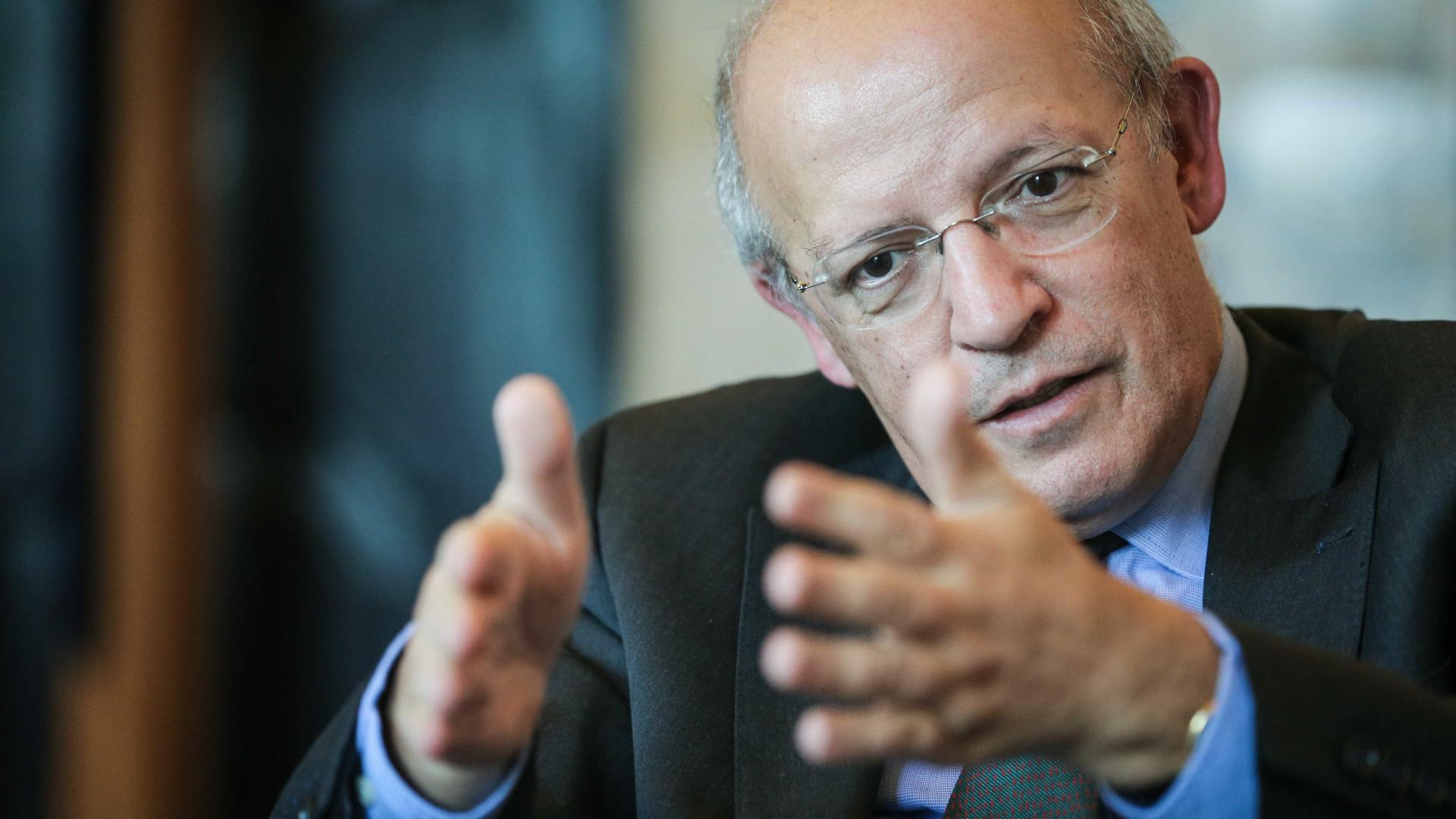 """Portugal não vê razão para """"pôr em causa"""" acordo de saída de Londres"""