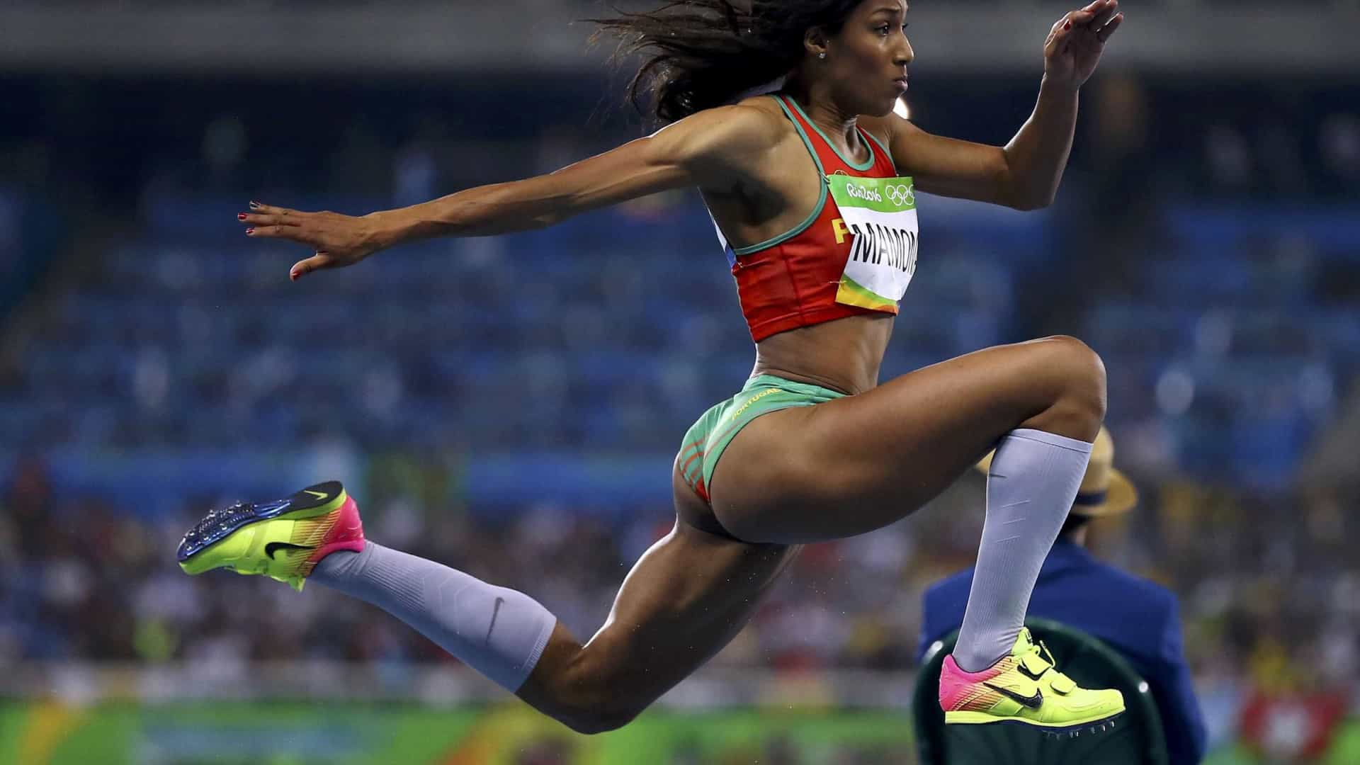 Patrícia Mamona e Susana Costa qualificam-se para a final do triplo salto