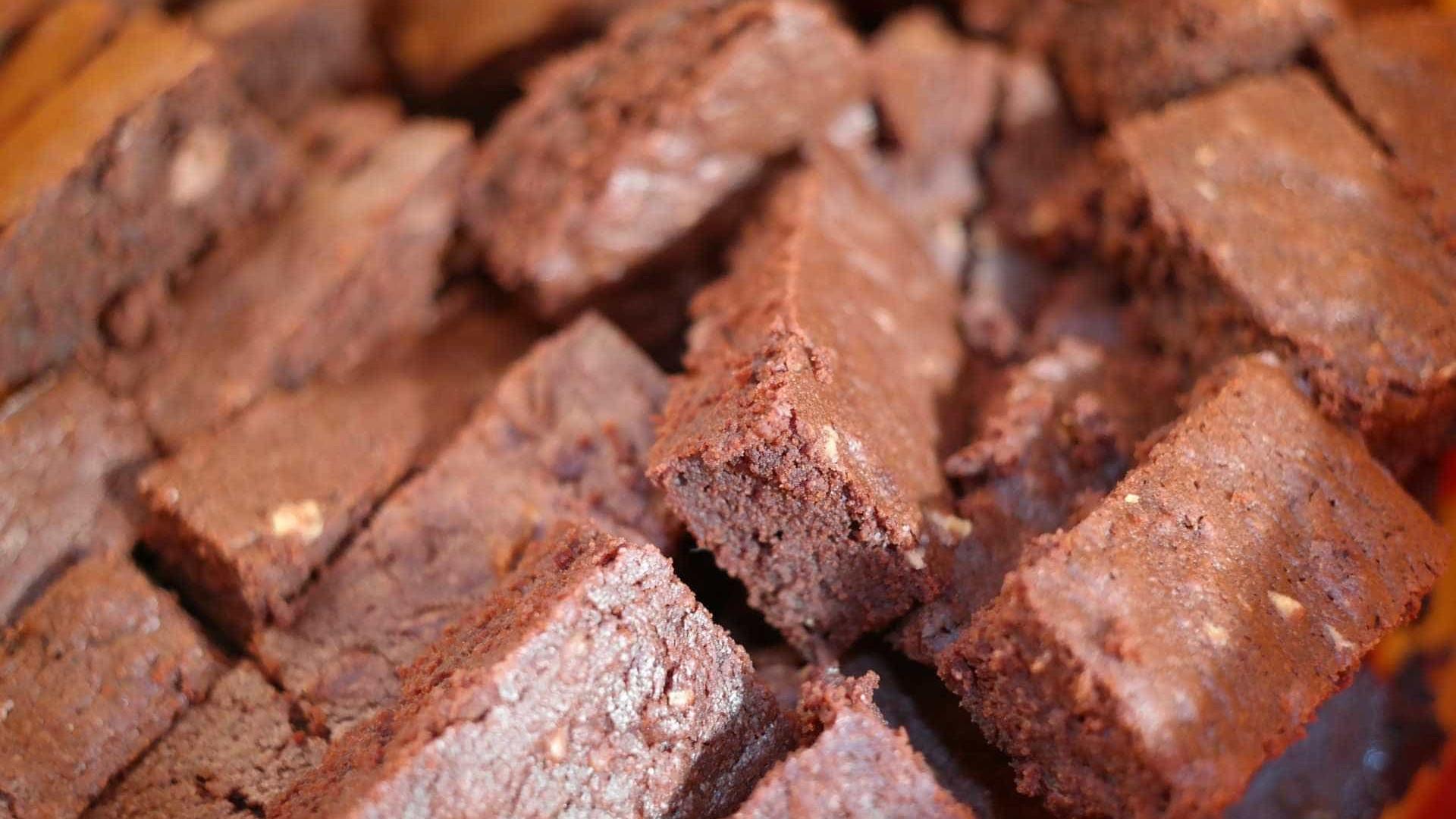Pai de 53 anos come brownies com cannabis deixados pelos filhos