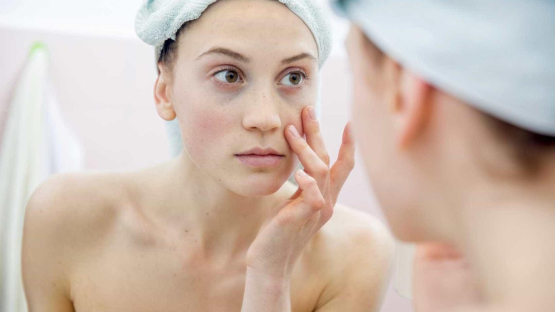 Cinco sinais de que a sua pele está a envelhecer demasiado rápido