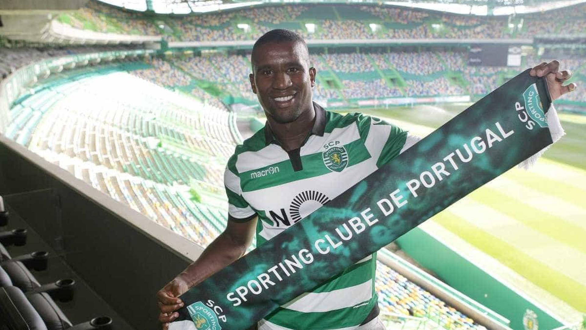 Douglas estará prestes a rescindir contrato com o Sporting