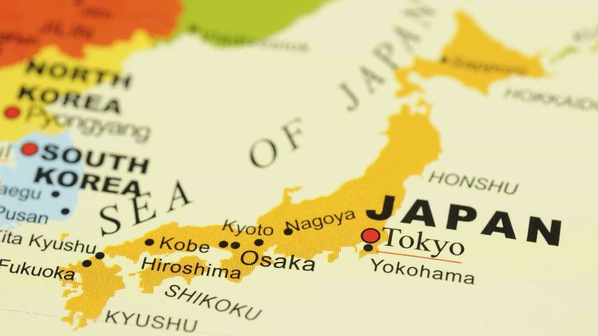 Tóquio indica que 8 tripulantes do avião norte-americano foram detetados