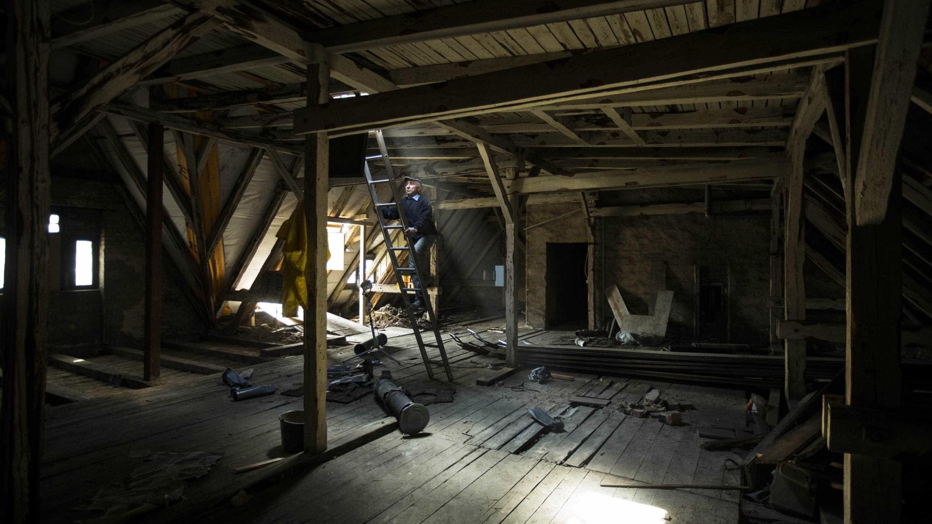 Encontra em sótão corpo de mulher desaparecida há 40 anos dd6f160633def