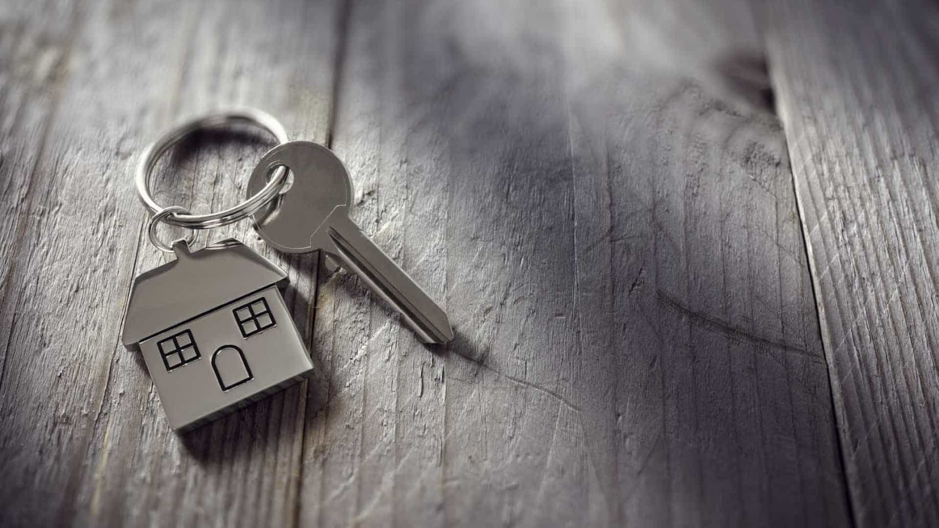 Casas ficam mais caras... e mesmo assim vendem-se mais
