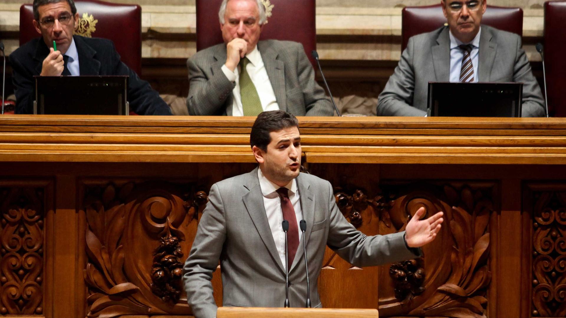 PSD saúda Governo mas pede condições para acolher comunidade portuguesa