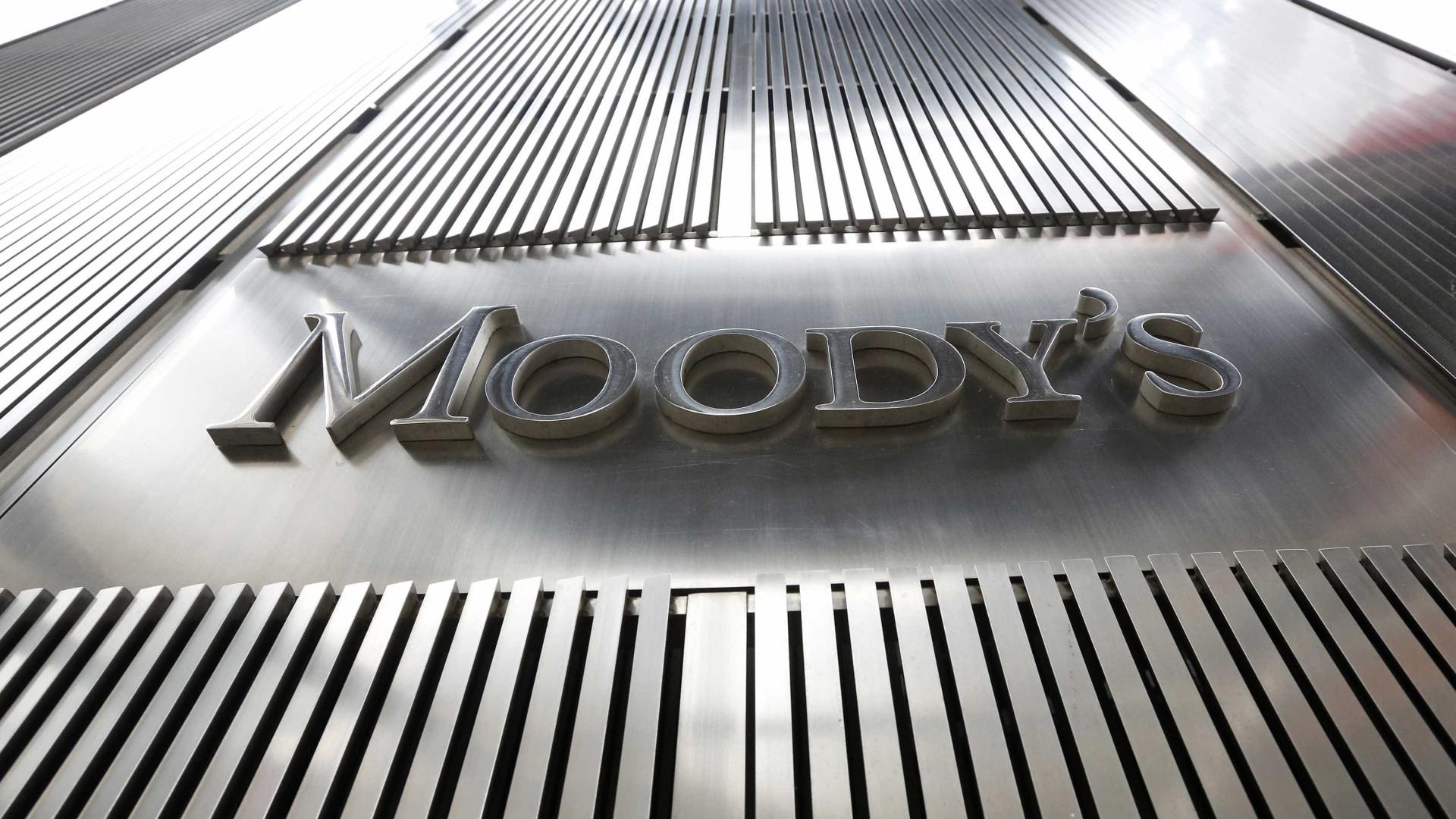 "Moody's diz que Portugal ""está prestes"" a sair do lixo"