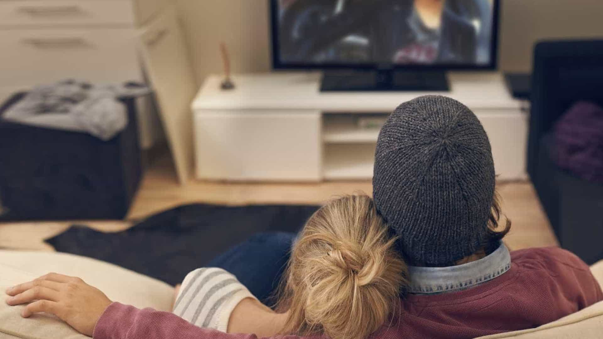 CBS e Google acordam a distribuição de programas de TV via internet