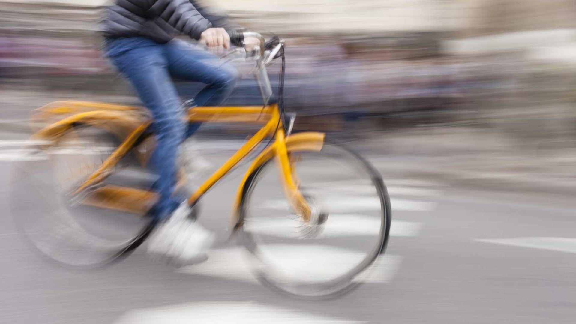 Encontrado carro envolvido em atropelamento de ciclista