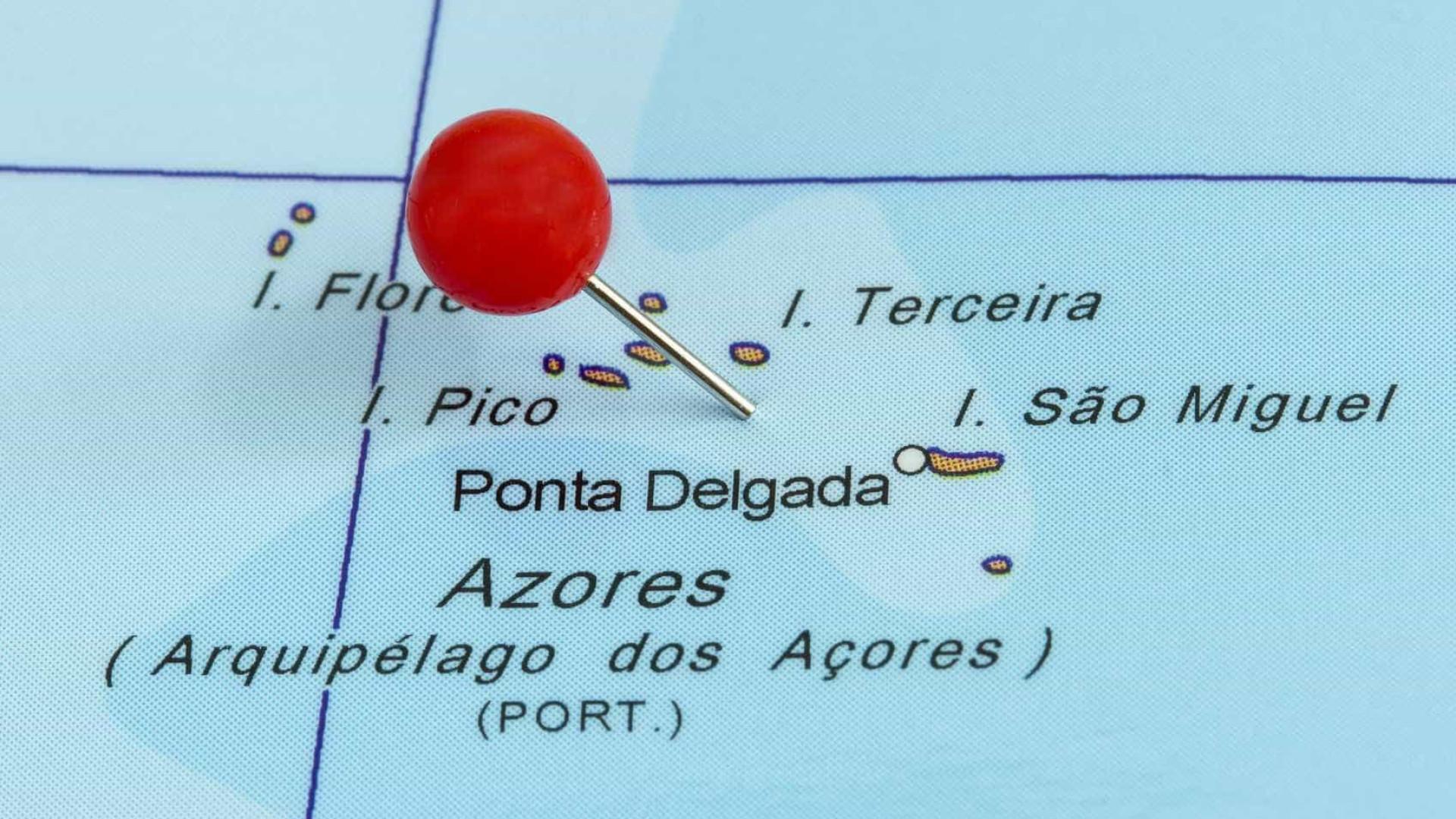 Sete das nove ilhas dos Açores em alerta vermelho na tarde de sábado