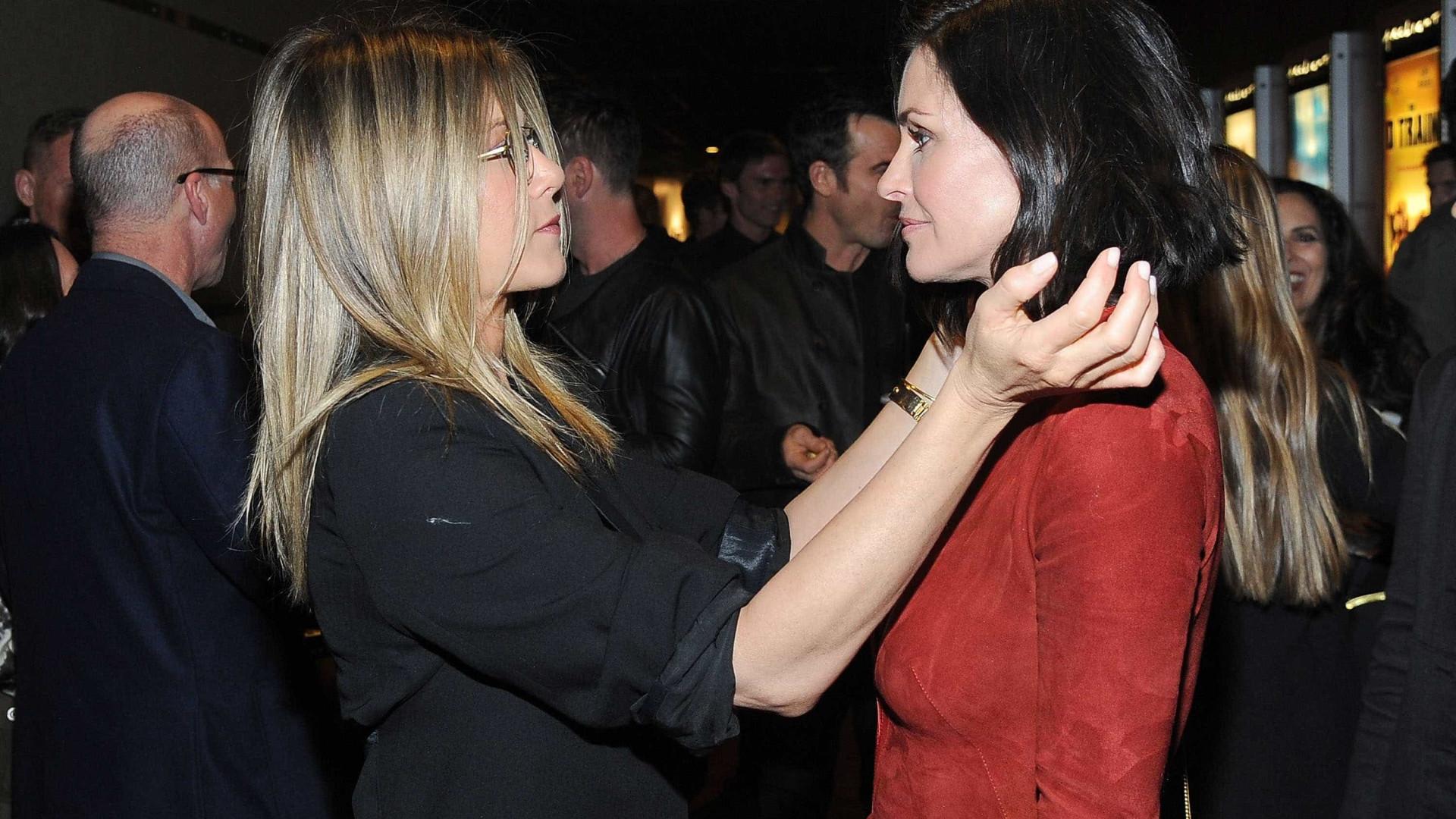 Da ficção à realidade: Courteney Cox e Jennifer Aniston mantêm amizade