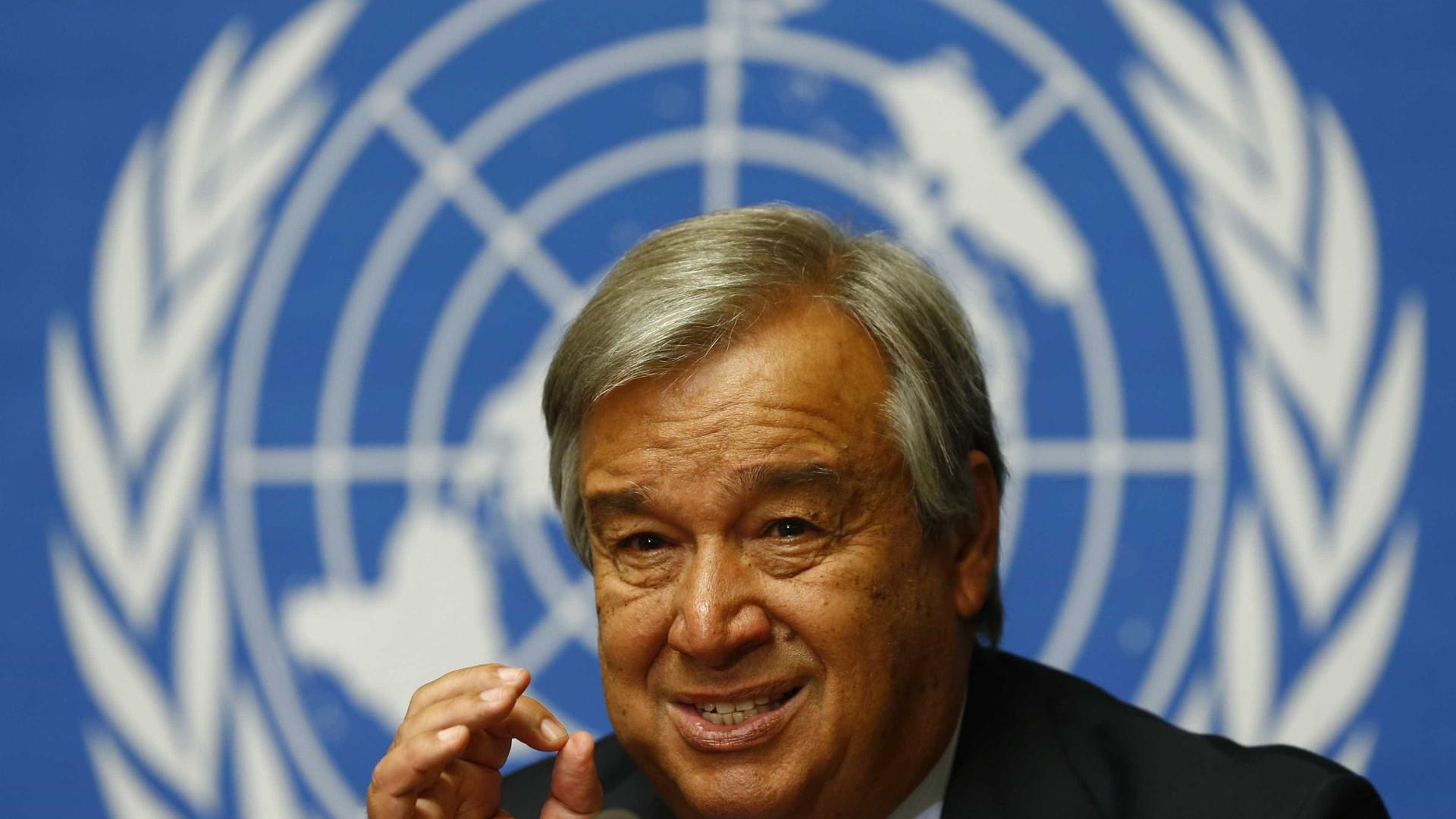 """Guterres pede """"contenção"""" para se evitar mais """"sofrimento dos sírios"""""""