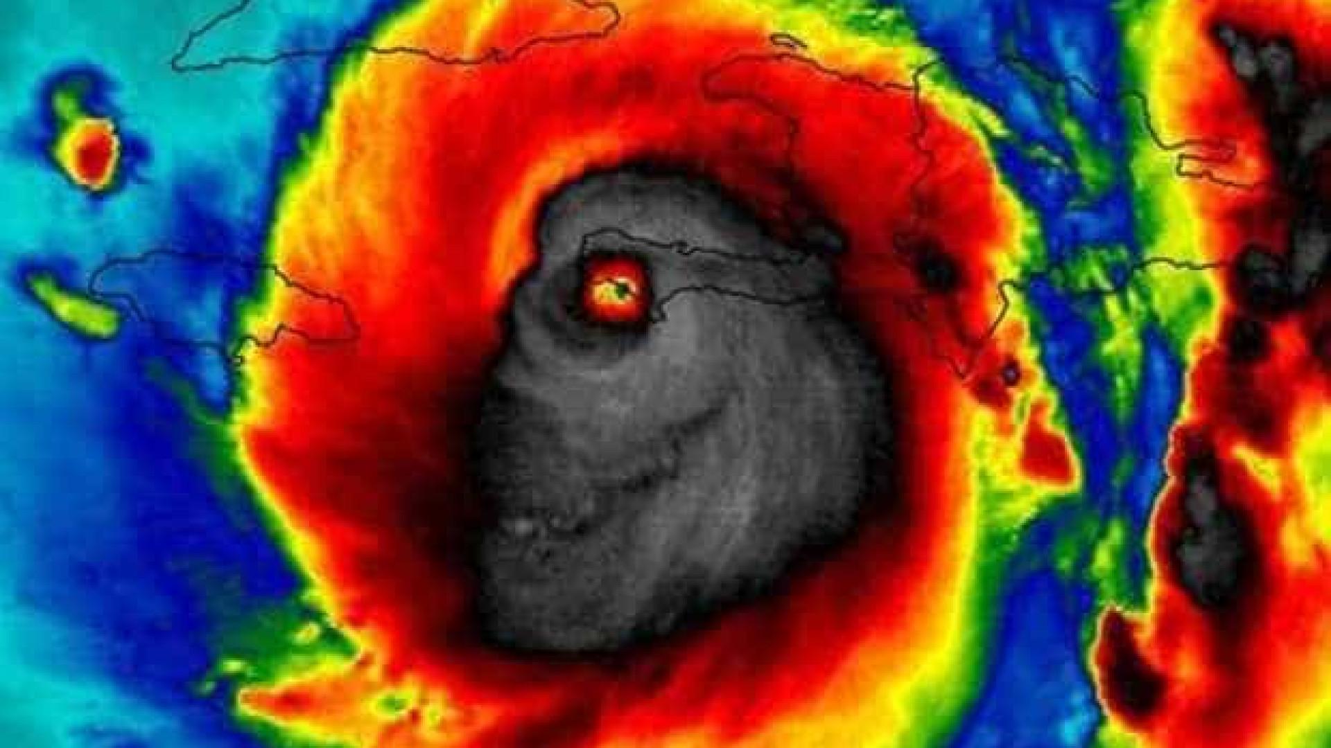 A assustadora imagem do furacão Matthew captada pela NASA