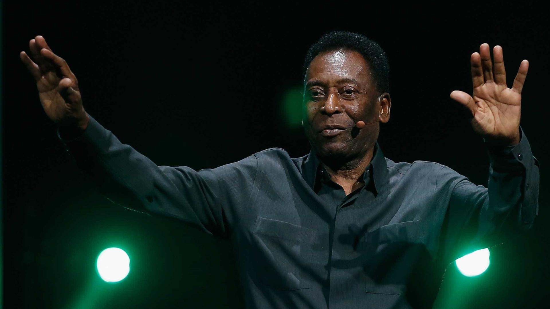 """Pelé rende-se a feito de Mbappé: """"É ótimo ter a sua companhia"""""""