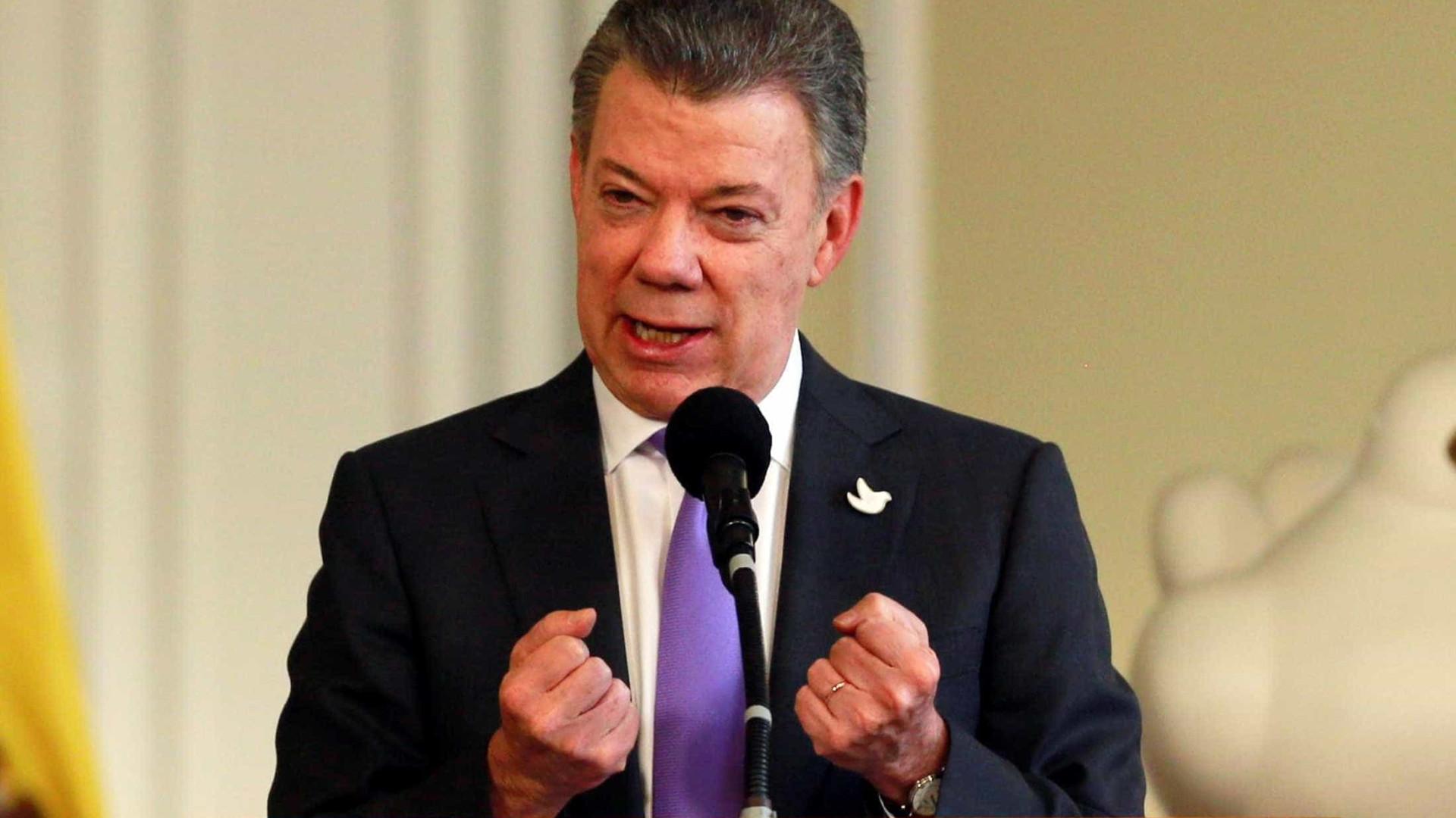 """Colômbia vive hoje a sua """"Revolução dos Cravos"""""""