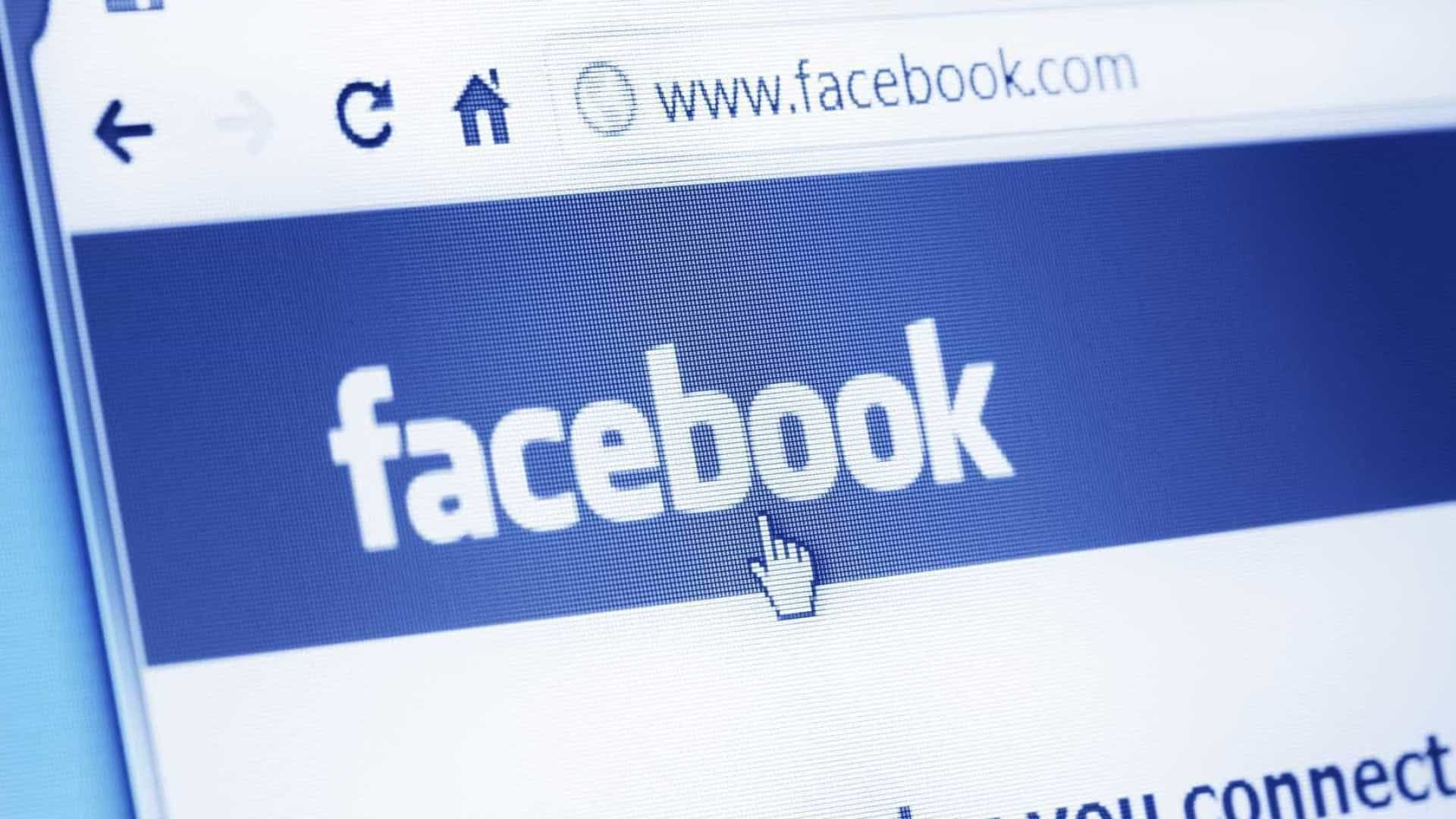 Facebook multado por falhar na privacidade, diz deputado britânico