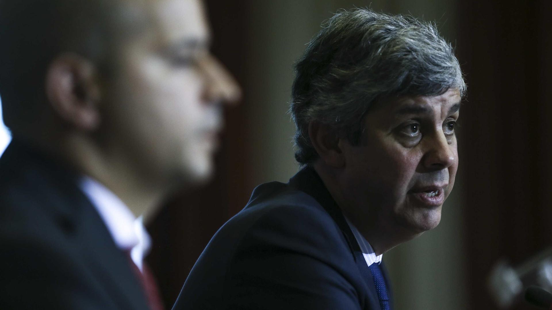 """Portugal deve habituar-se à """"normalidade"""" de um défice """"próximo do zero"""""""