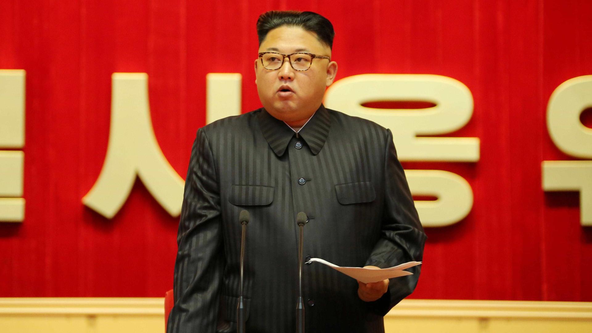 """Japão pede explicações à China sobre """"visita secreta"""" de Kim Jong-un"""
