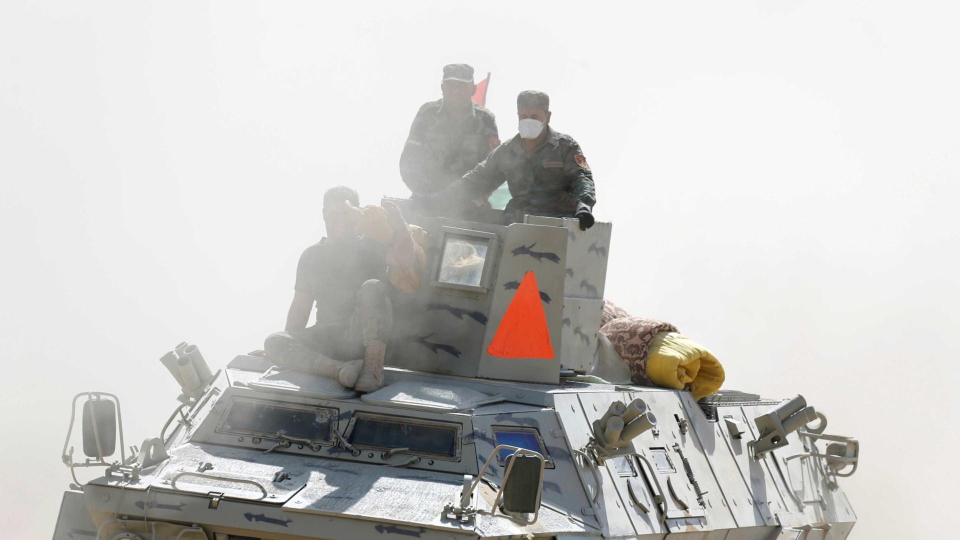 Caças turcos participam na operação de reconquista de Mossul