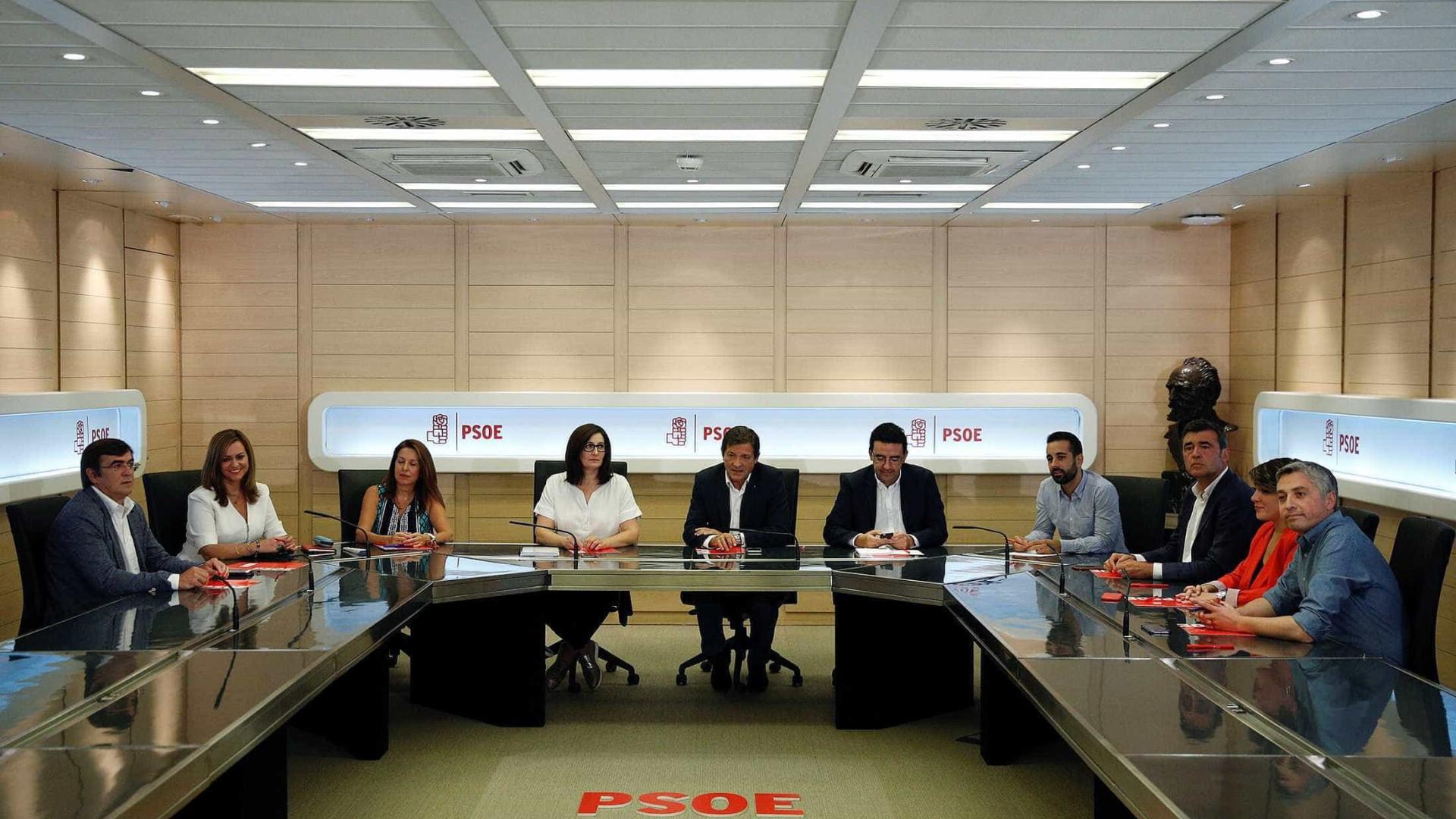 Socialistas decidem no próximo domingo se mantêm ou não veto a Rajoy