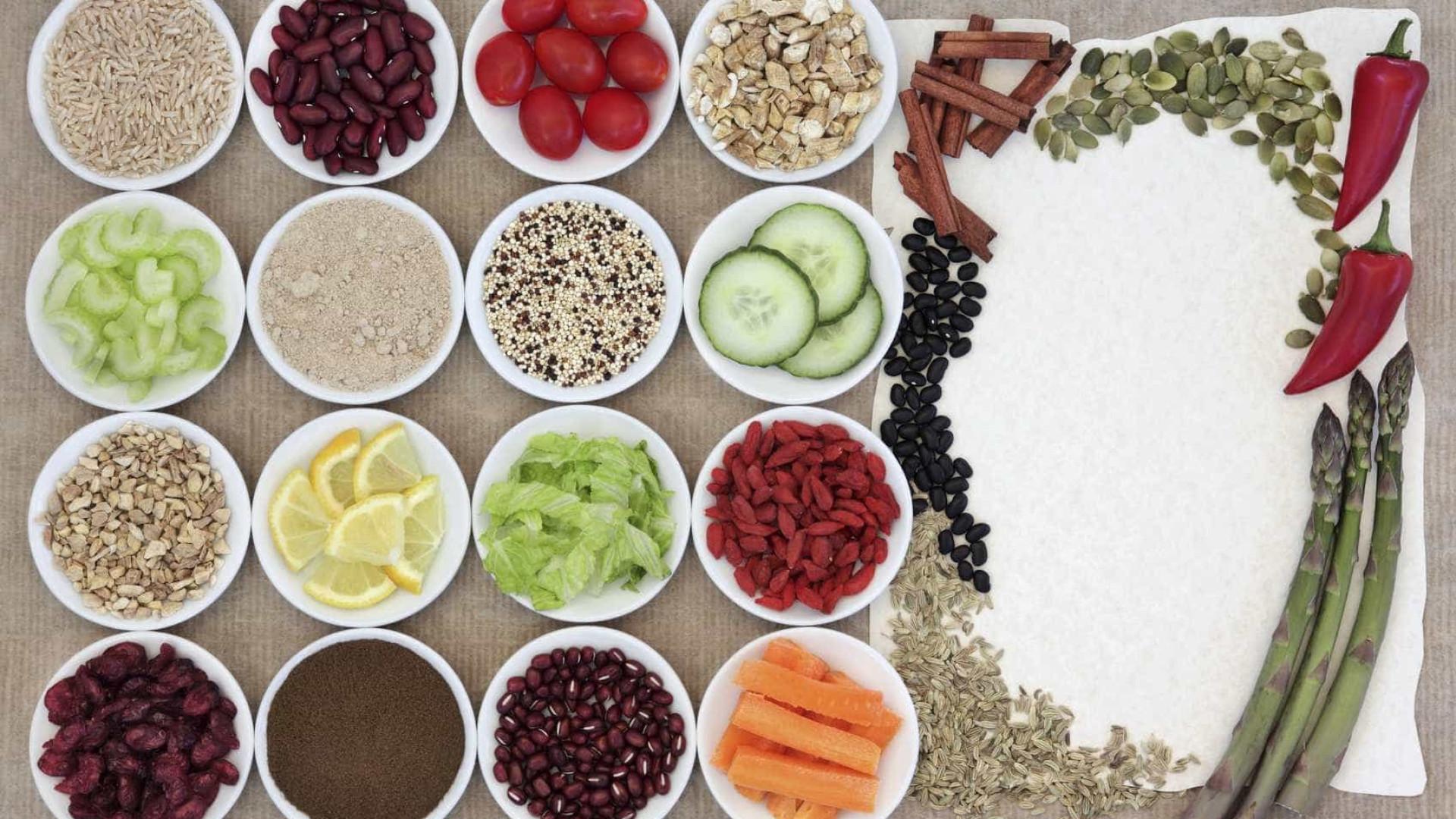 Alimentos com poucos hidratos de carbono que não atrapalham a dieta