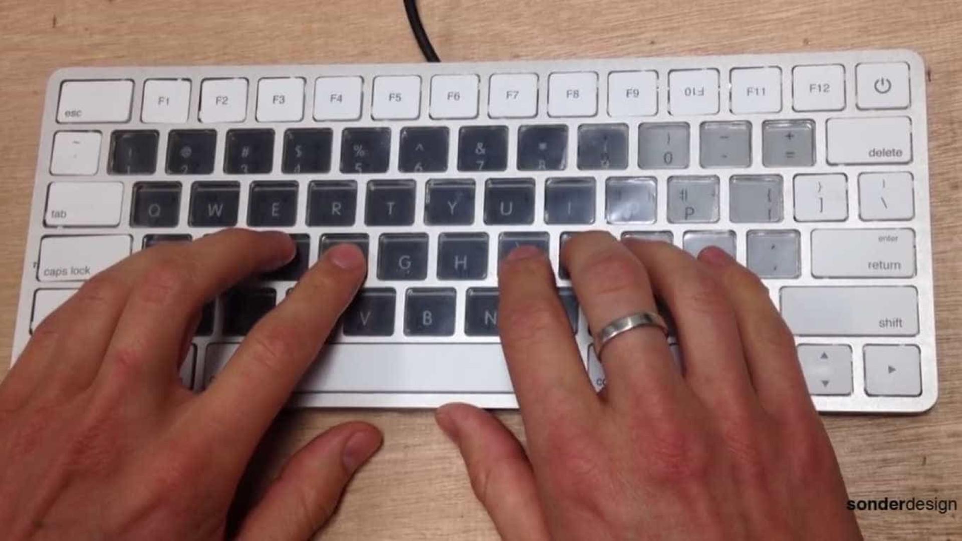 Apple está a preparar uma 'revolução' para os seus MacBook