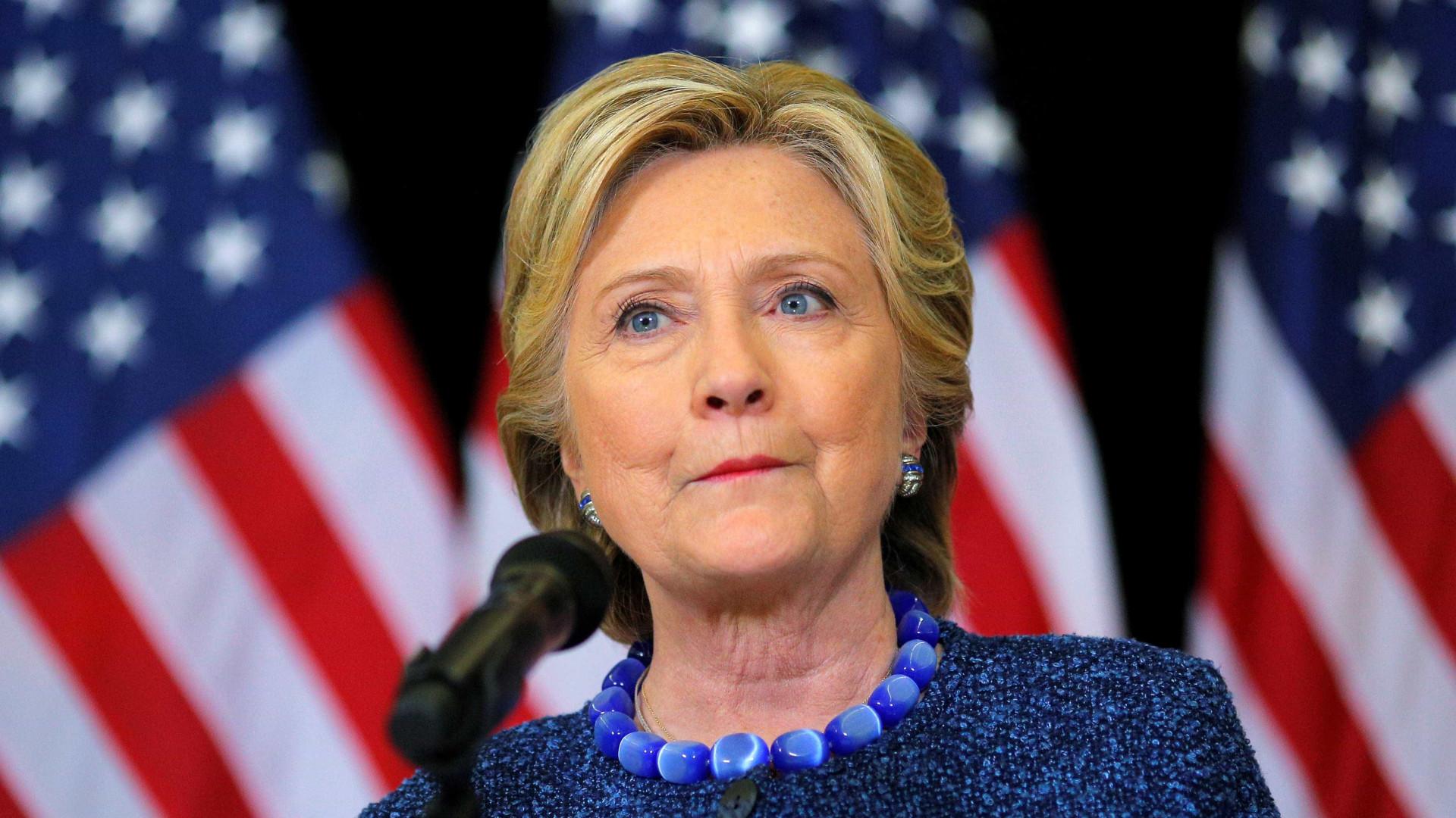 """Estados Unidos """"não mereciam"""" Donald Trump, diz Hillary Clinton"""