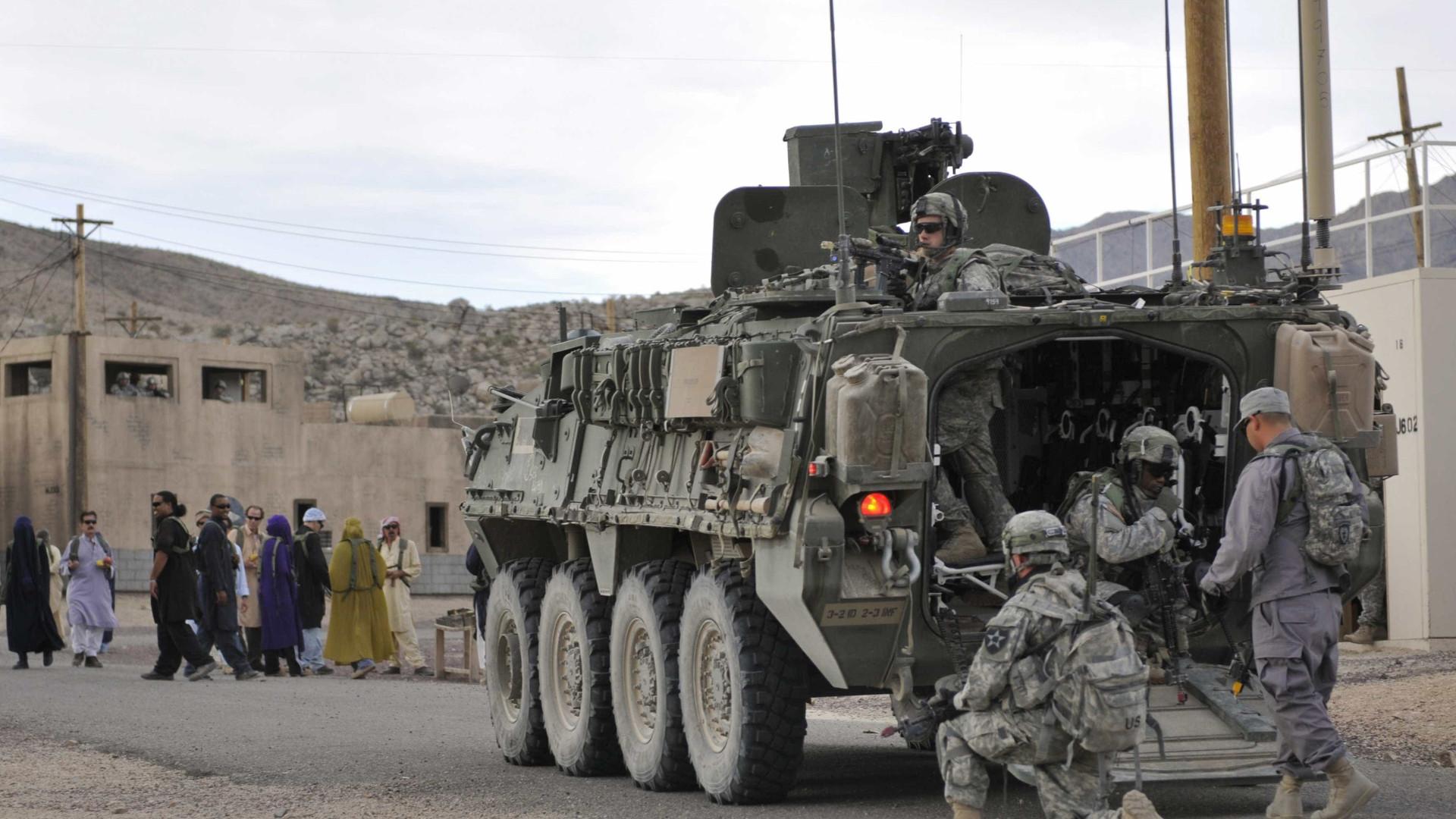 Vários militares dos EUA feridos em