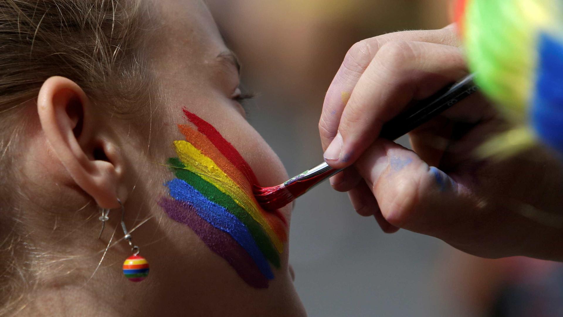 Turquia: Ancara proíbe eventos LGBTI para