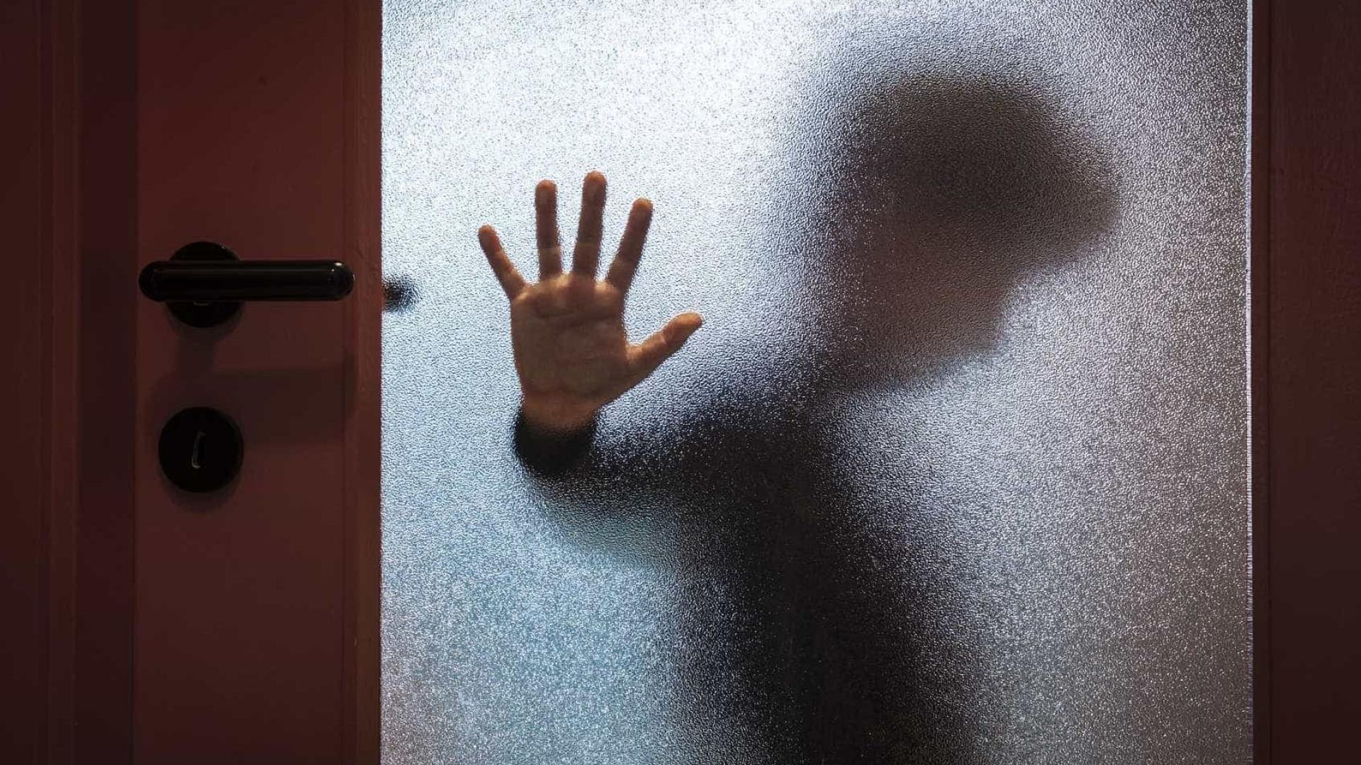 Abusava sexualmente de crianças na rua e junto a escolas. Foi detido