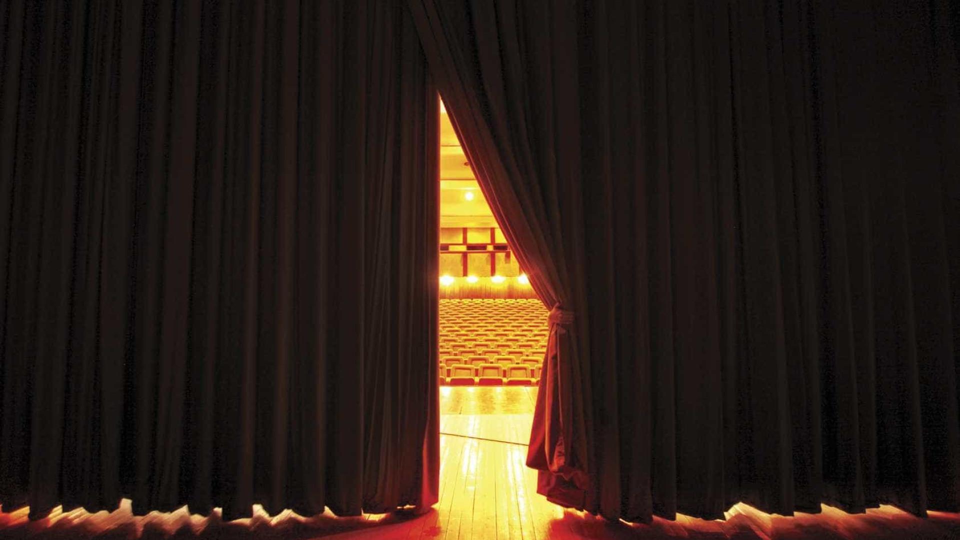 Artistas prestam homenagem a Natália Correia no Teatro Micaelense