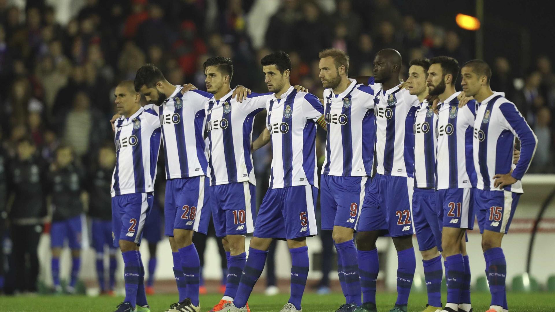 """""""Baliza dos adversário do FC Porto assemelha-se às de hóquei em patins"""""""