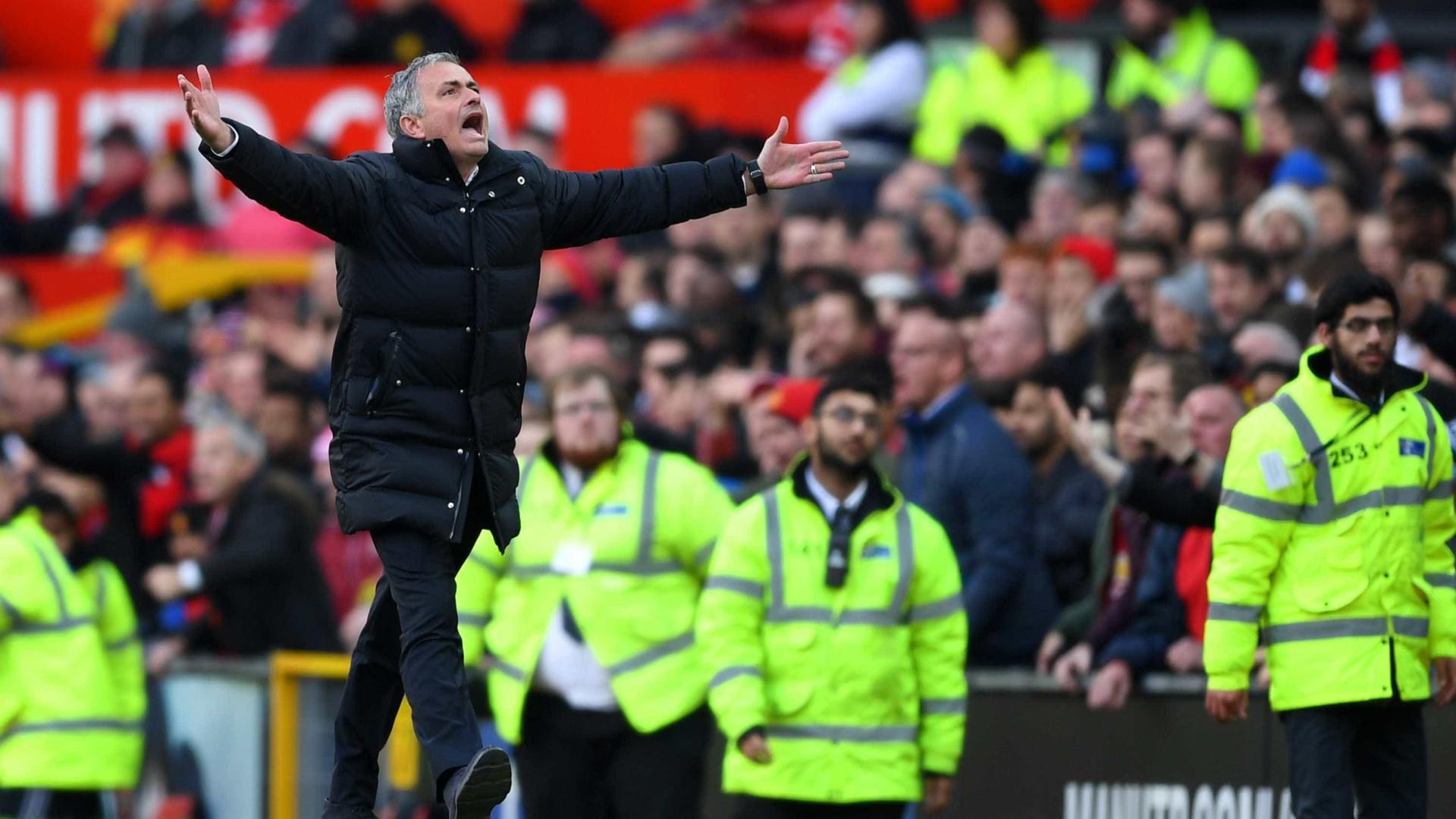 Mourinho revela discurso que transformou empate em goleada