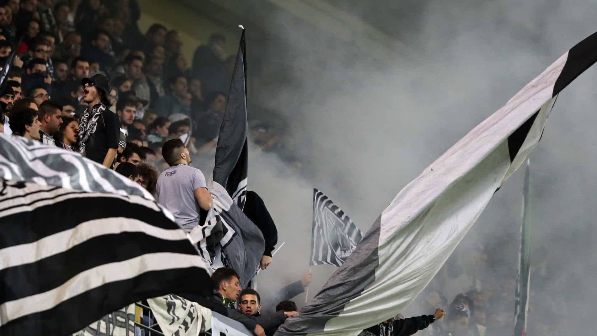 Chapecoense: Vit. de Guimarães lamenta morte de ex-atleta Caio Júnior