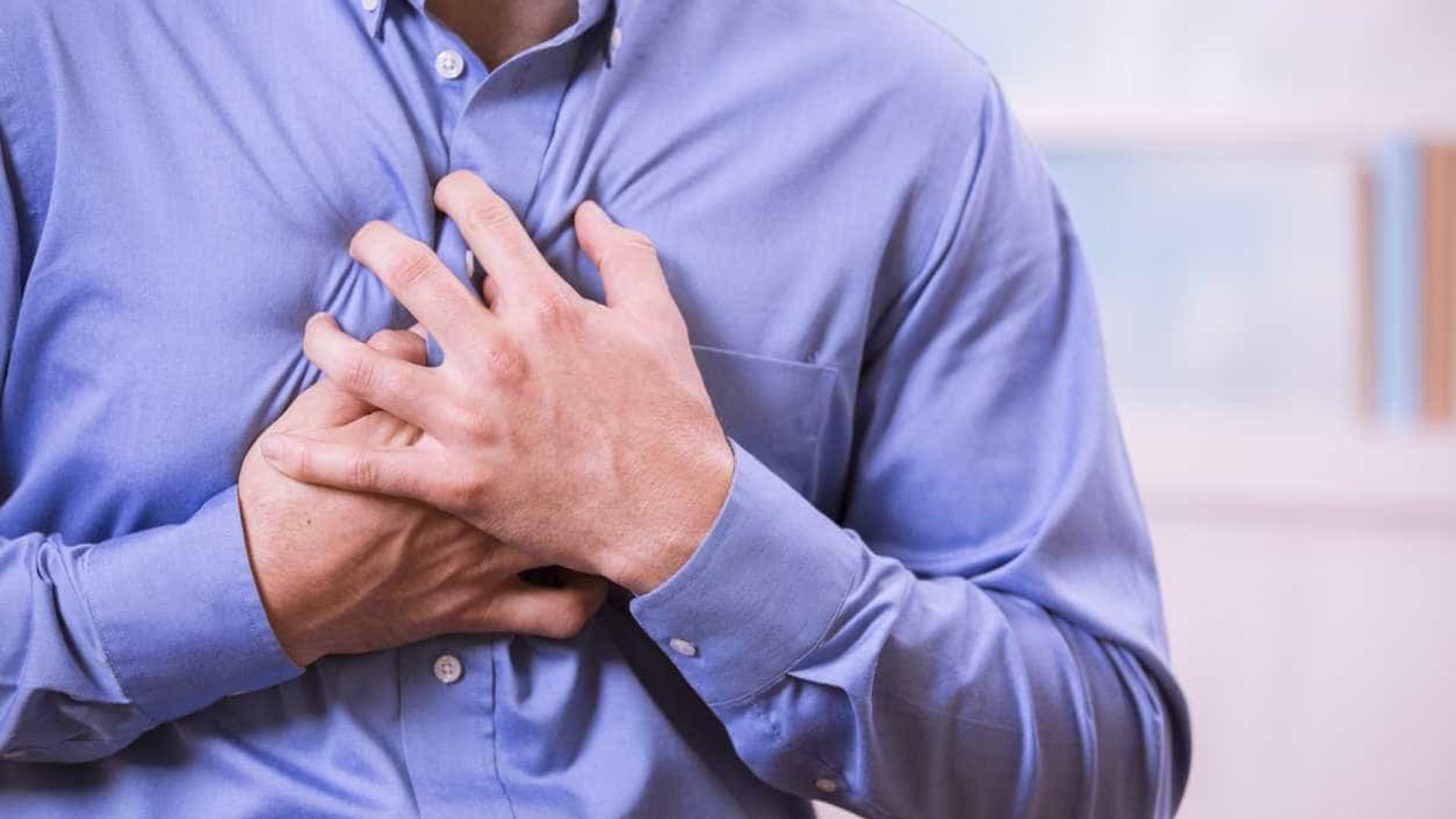 Causas para a dor de peito e que não têm a ver com ataques cardíacos