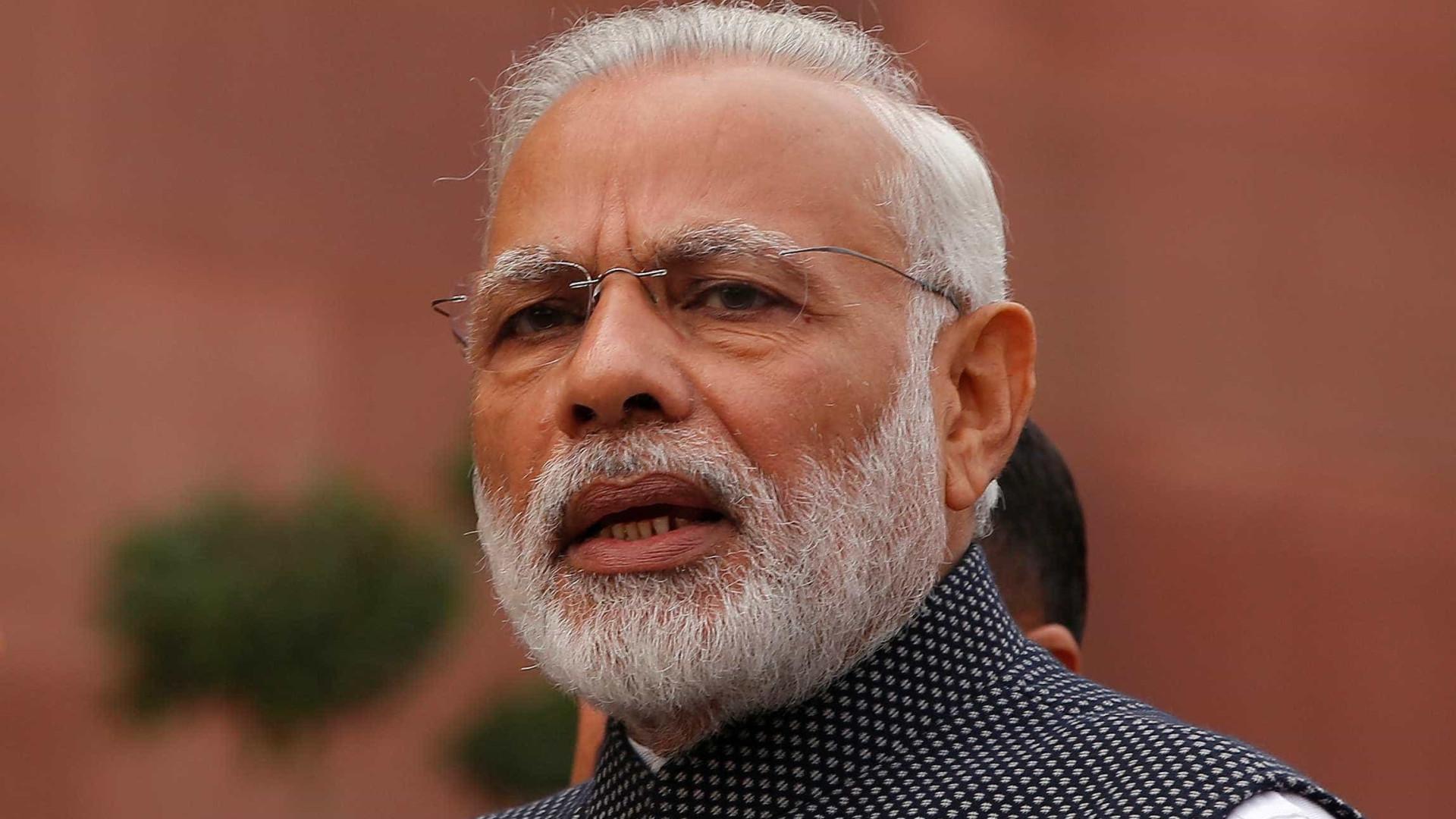 Primeiro-ministro da Índia de visita a Portugal expressa condolências