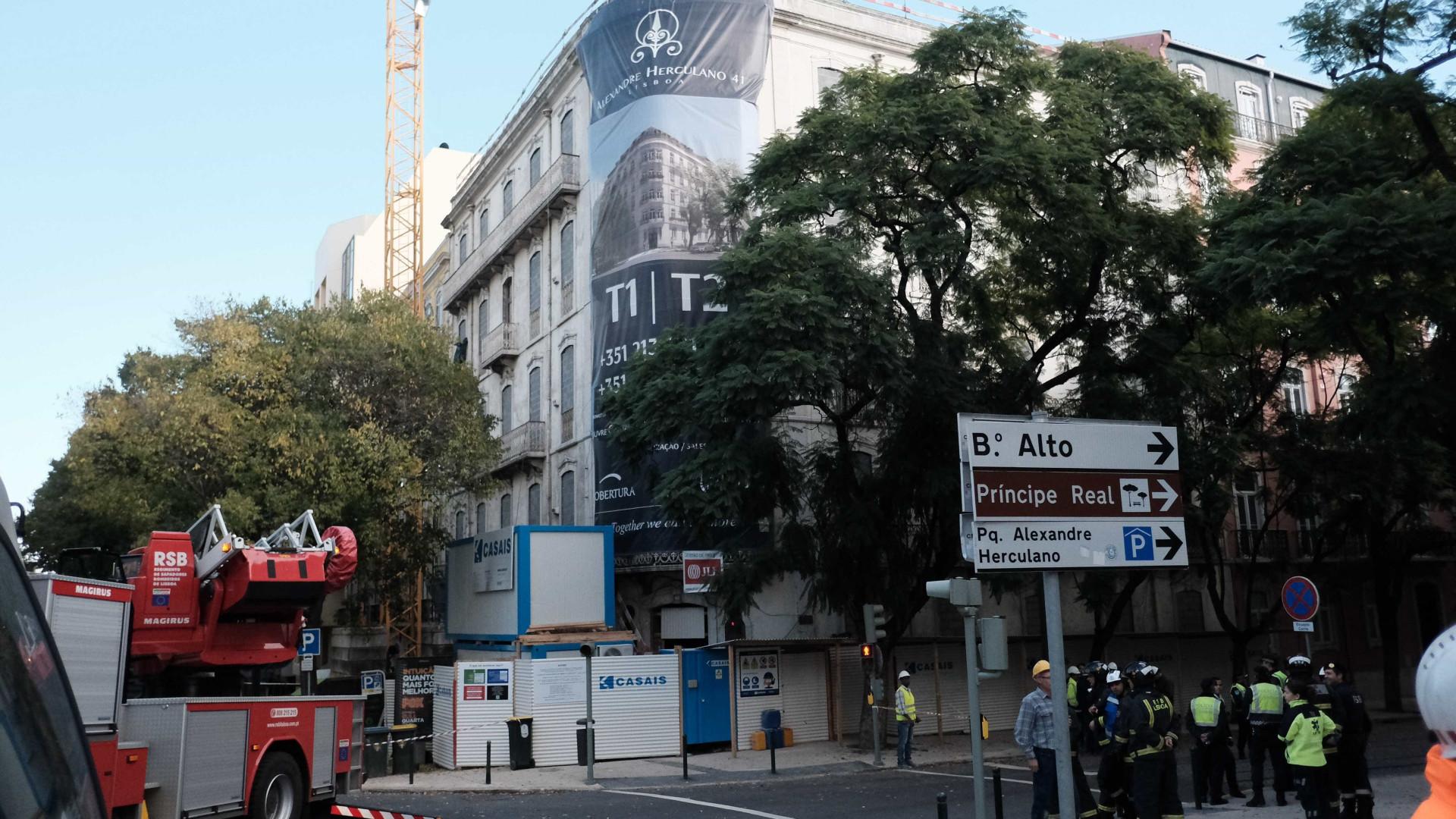 Sindicato responsabiliza construtora na derrocada em prédio de Lisboa