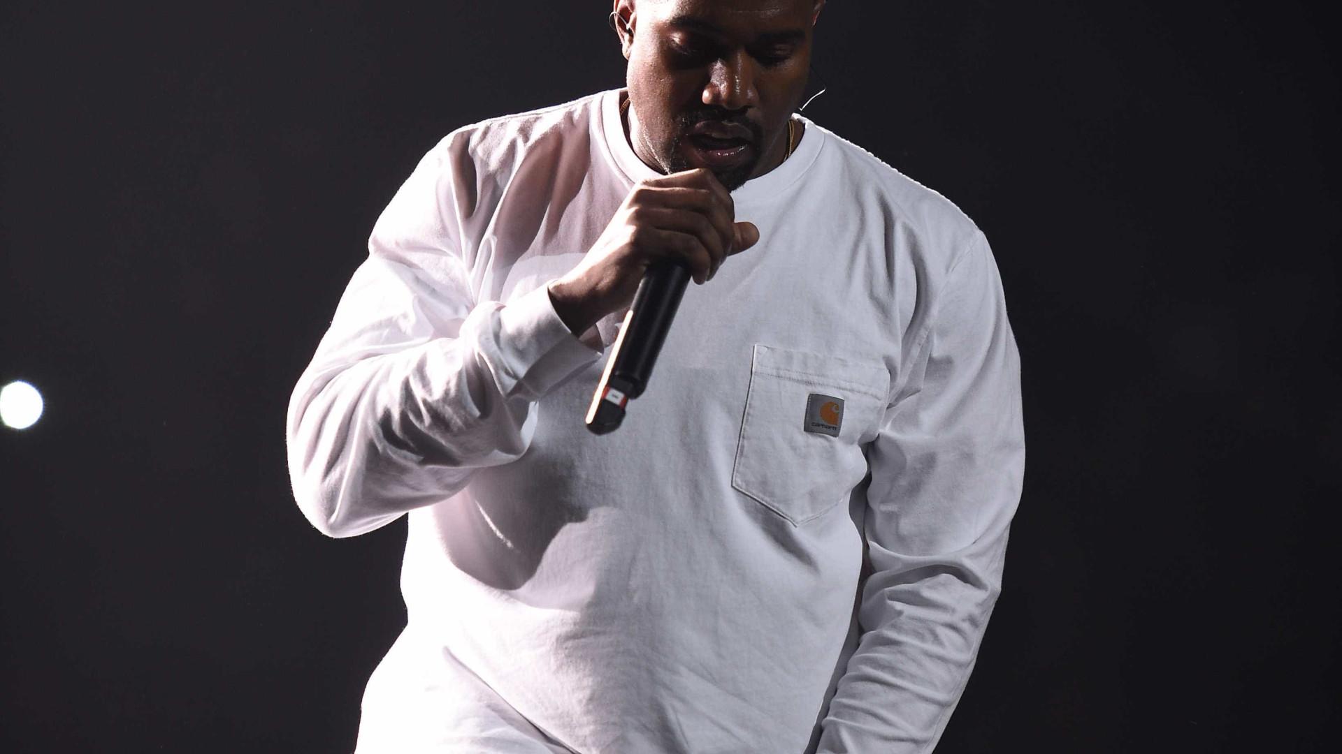 Aniversário da morte da mãe agravou o estado de saúde de Kanye West