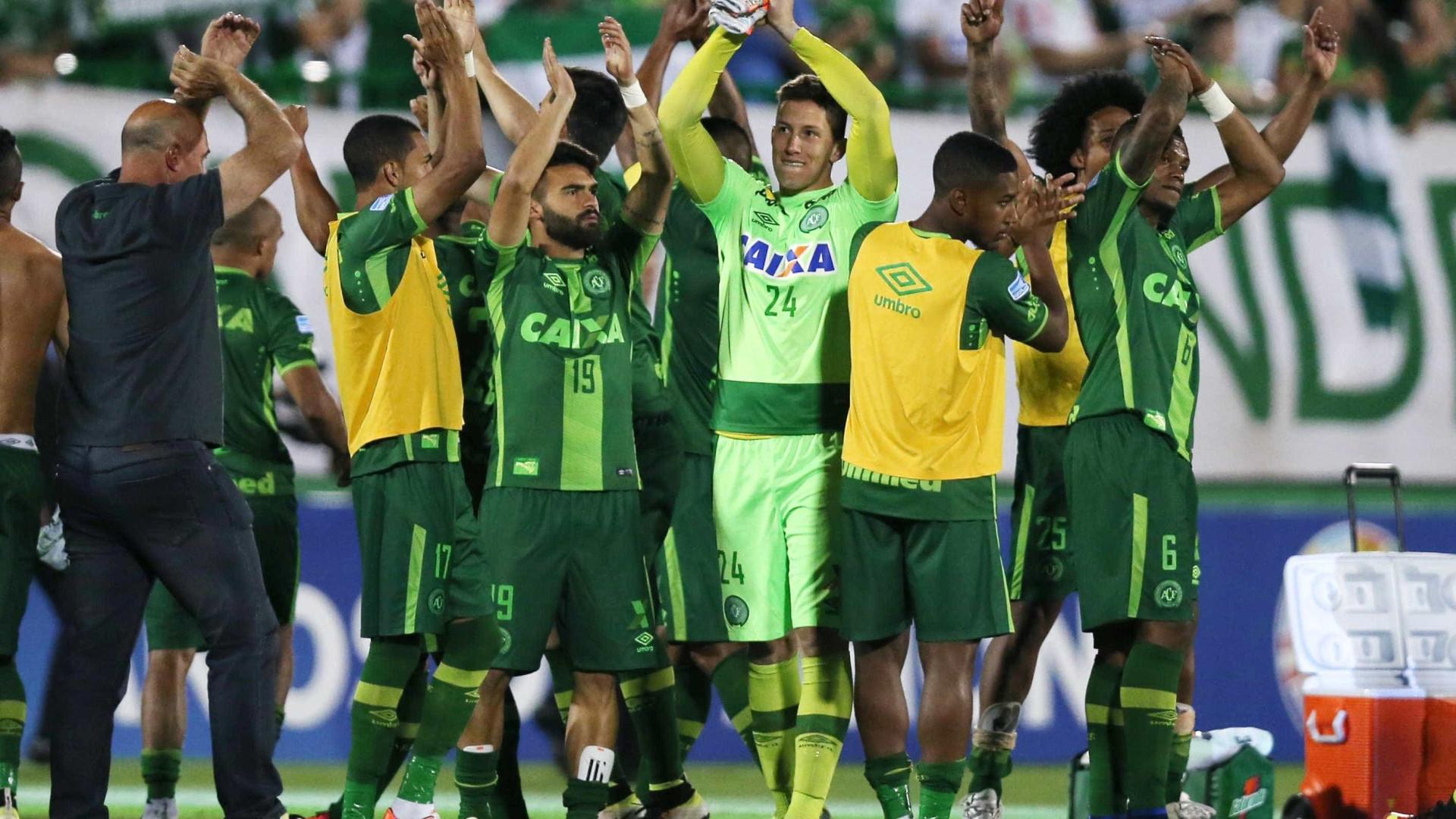 Confederação Brasileira de Futebol quer dividir Taça Sul-Americana