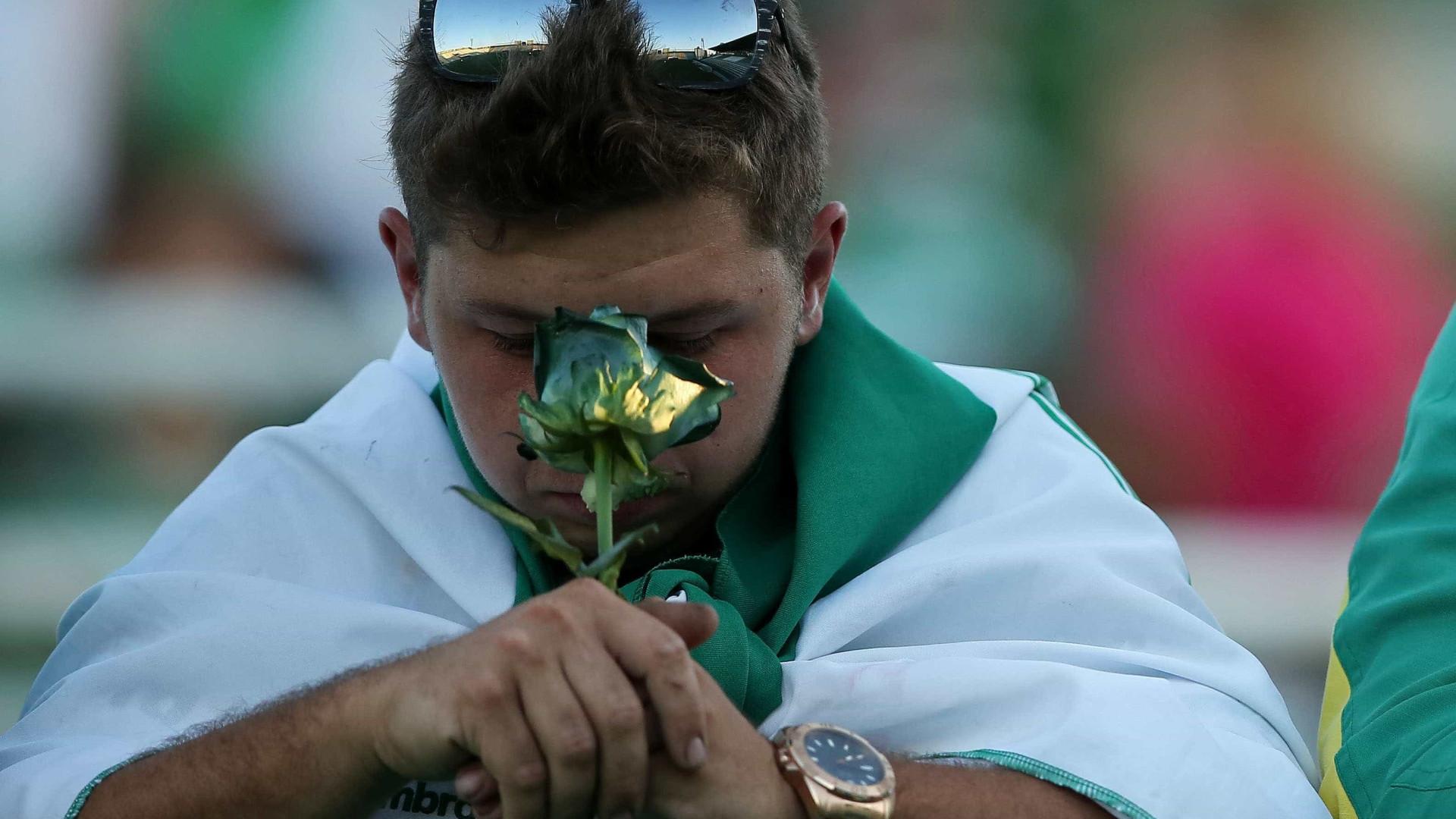 Todos de luto pelo Chapecoense. O dia seguinte nos jornais