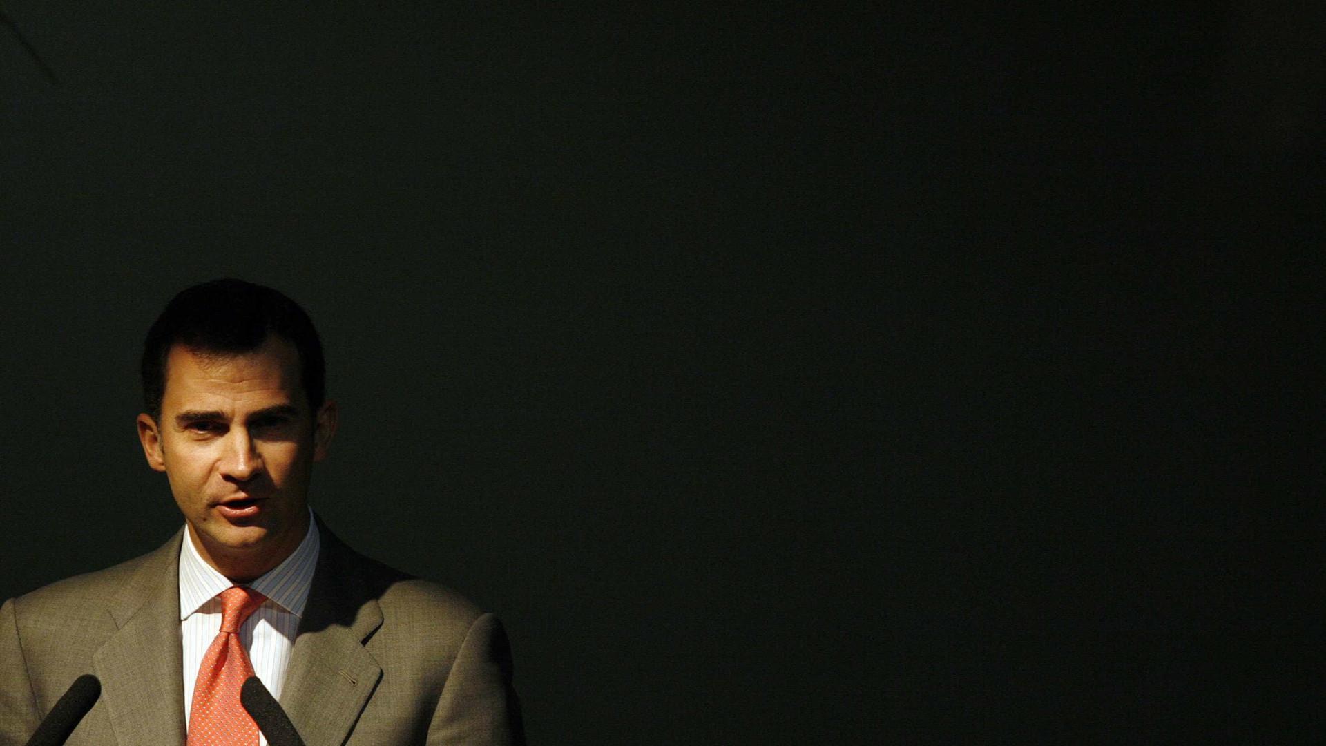 Bloco de Esquerda e PCP não aplaudiram Rei de Espanha