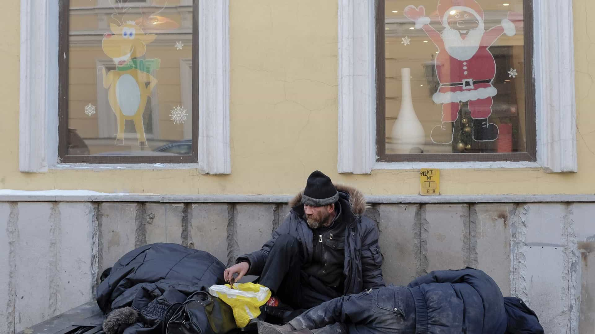 Rússia recruta os sem-abrigo para combater terroristas em Moscovo