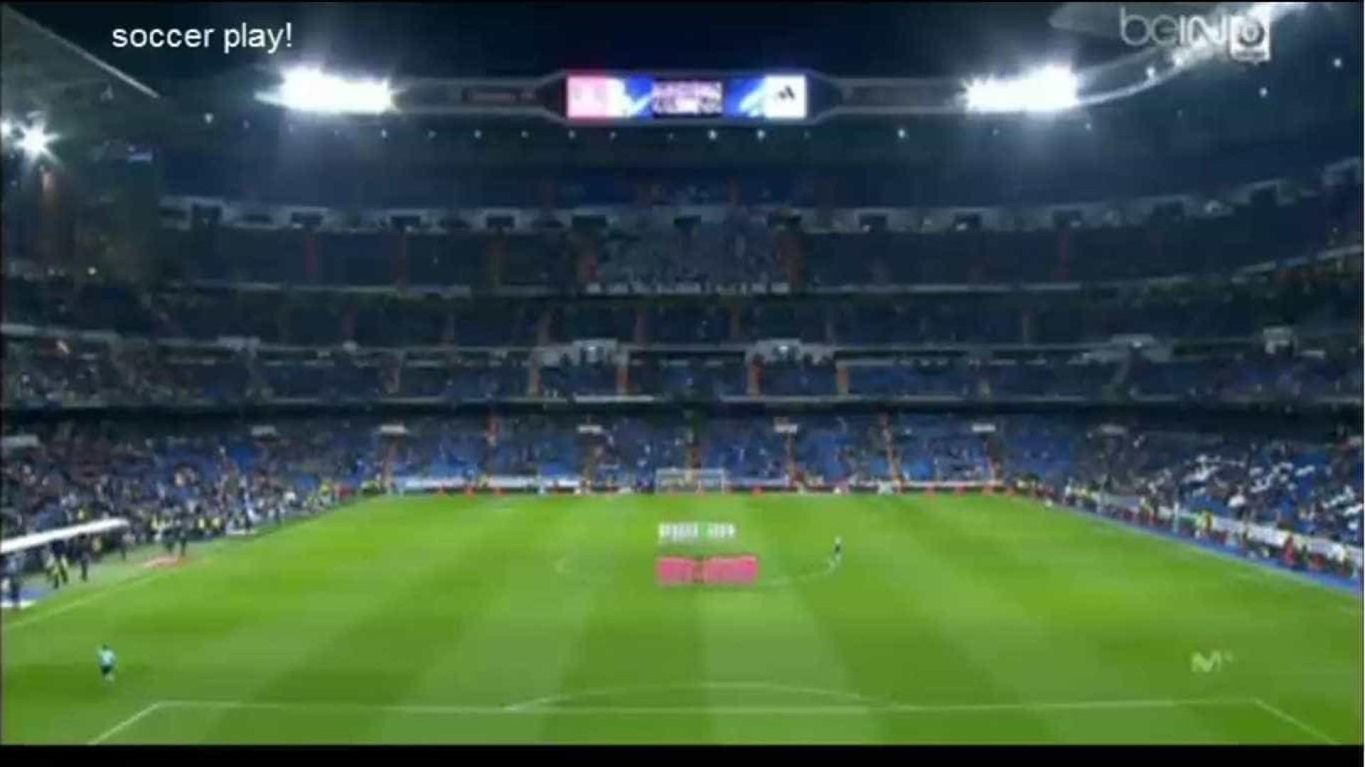 Santiago Bernabéu prestou homenagem ao Chapecoense