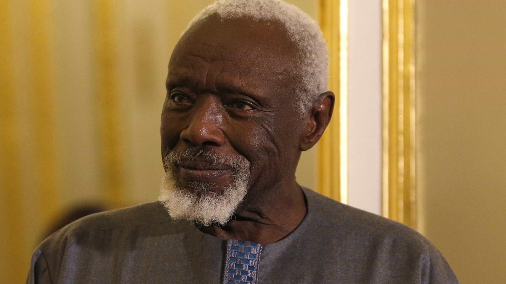Escultor senegalês Ousmane Sow morreu hoje aos 81 anos