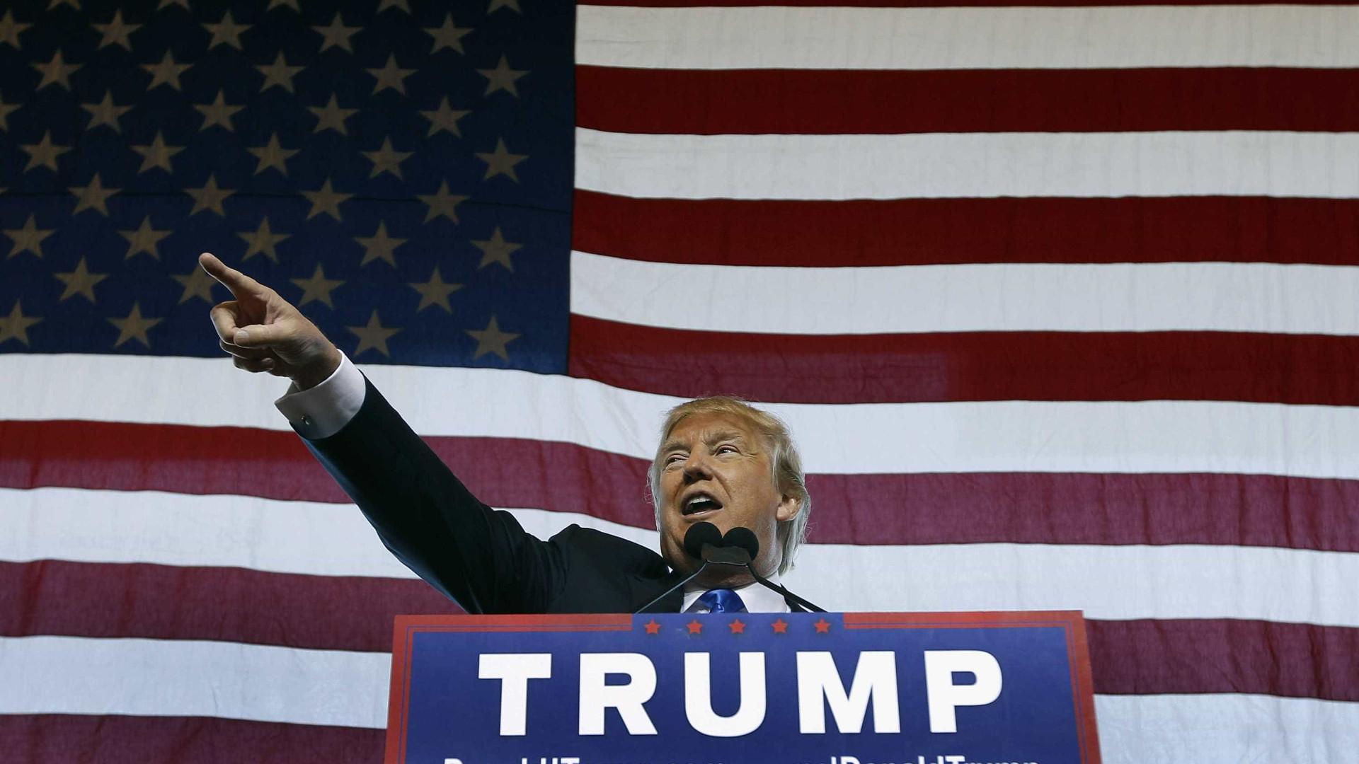 """Trump diz que as empresas nunca mais vão sair do país """"sem consequências"""""""