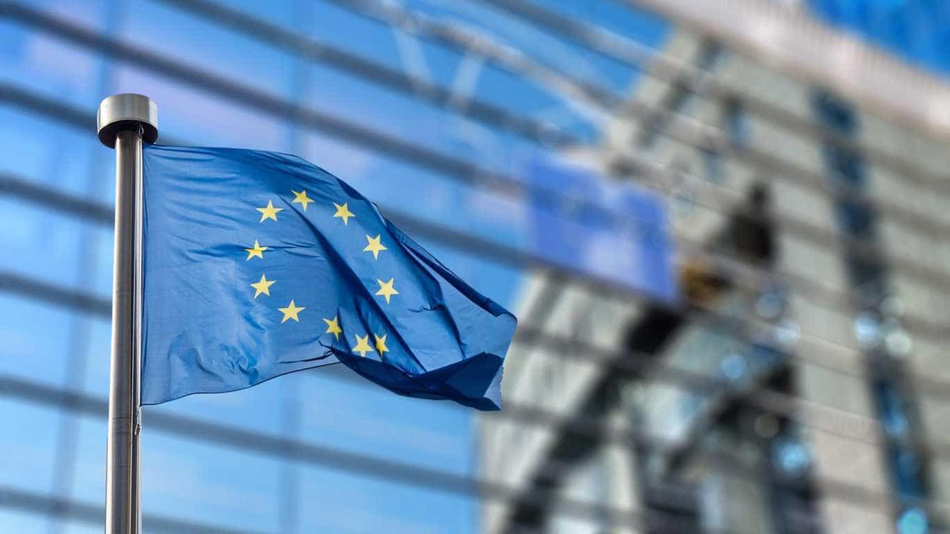 Votos de domingo em Itália e Áustria podem criar efeito dominó na Europa
